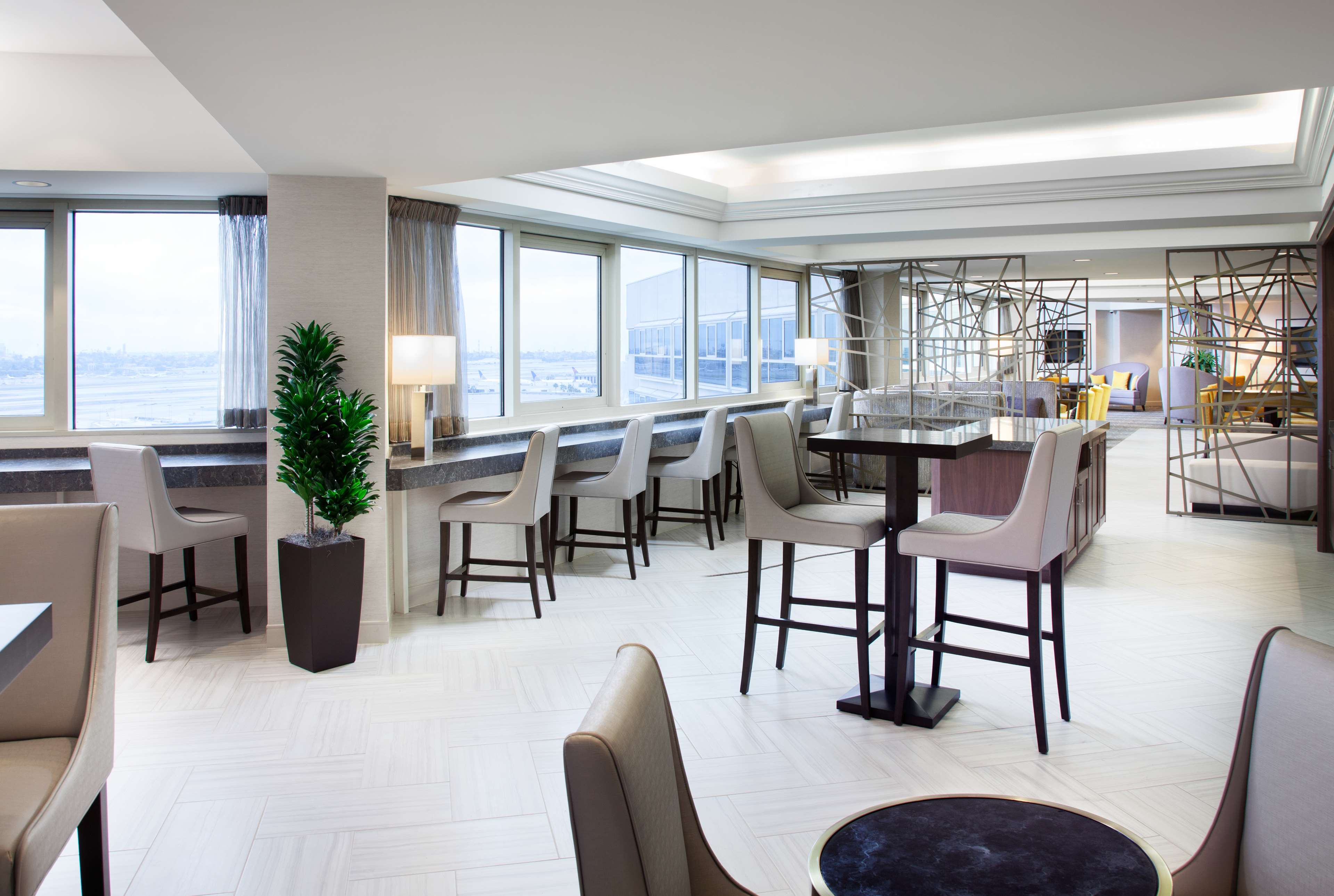 Sheraton Gateway Los Angeles Hotel image 22