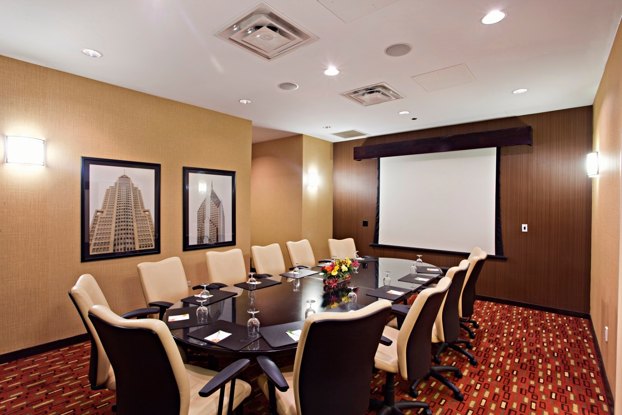 Courtyard by Marriott Chicago Downtown/Magnificent Mile image 33