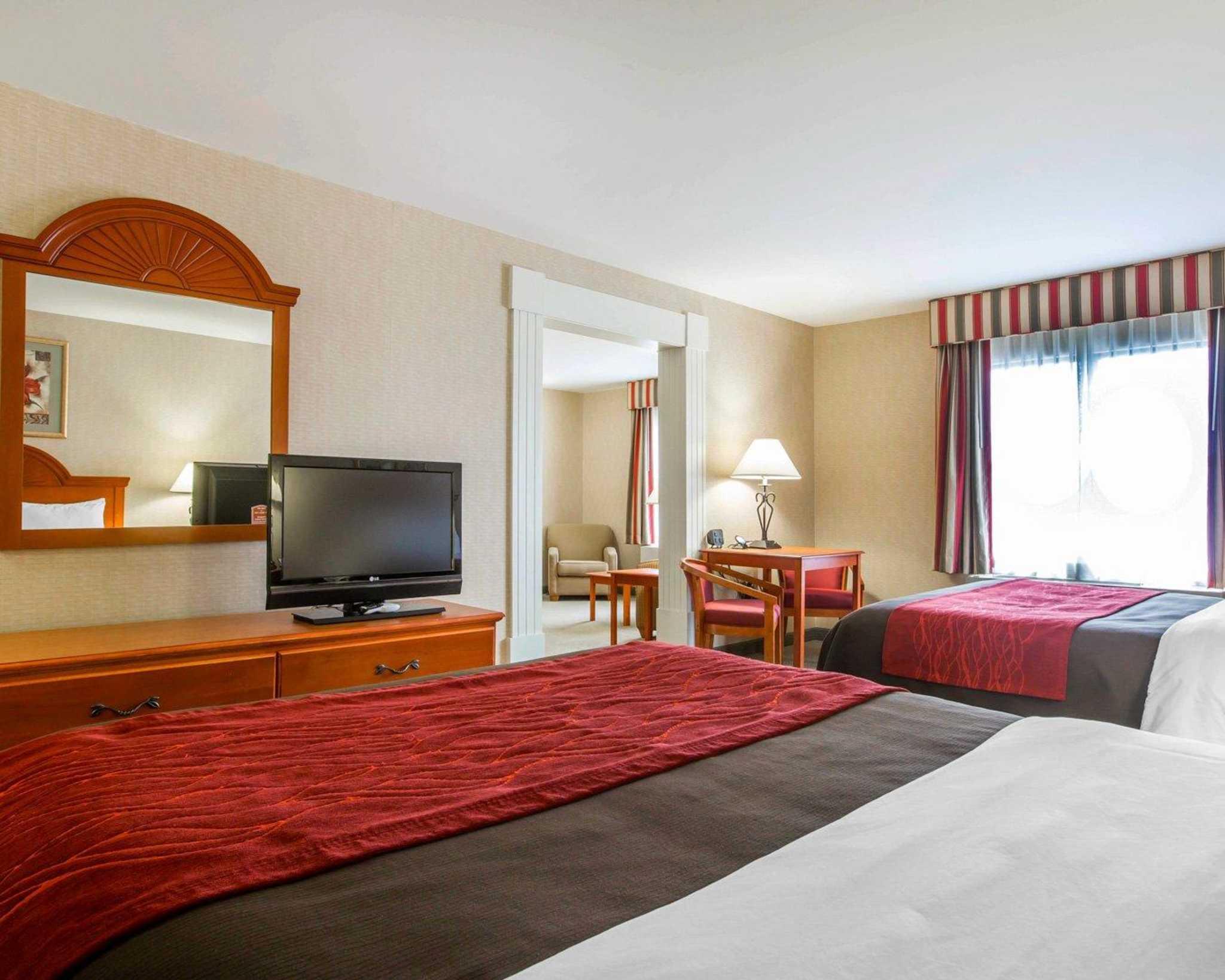 Comfort Inn & Suites adj to Akwesasne Mohawk Casino image 42