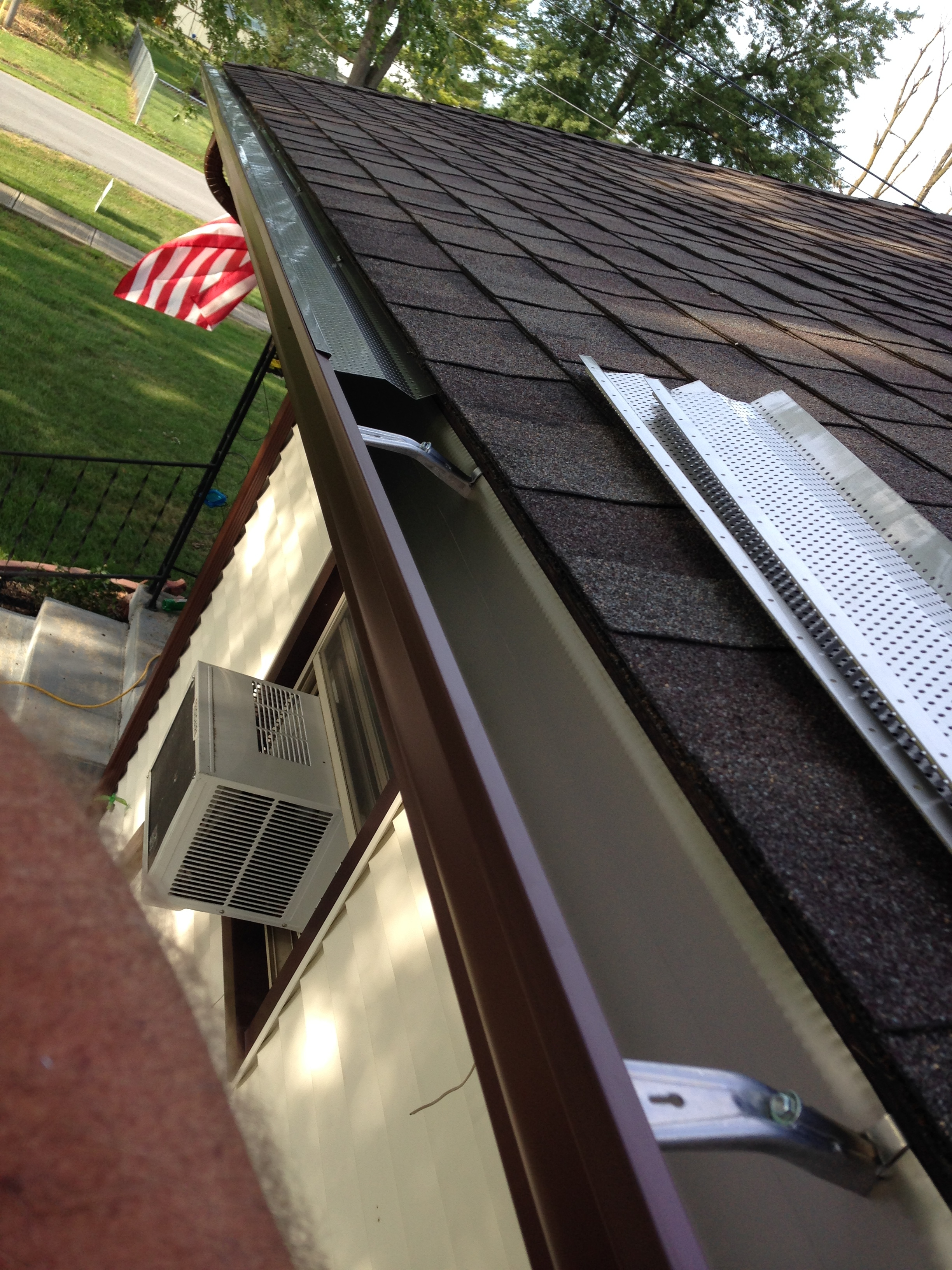 Affordable Seamless Gutters & Downspouts LLC image 0