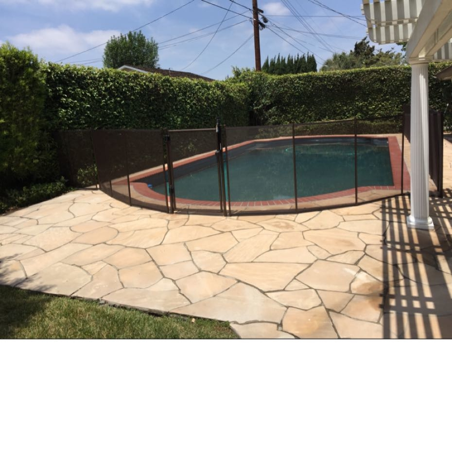 Nathans Pool Fence image 11