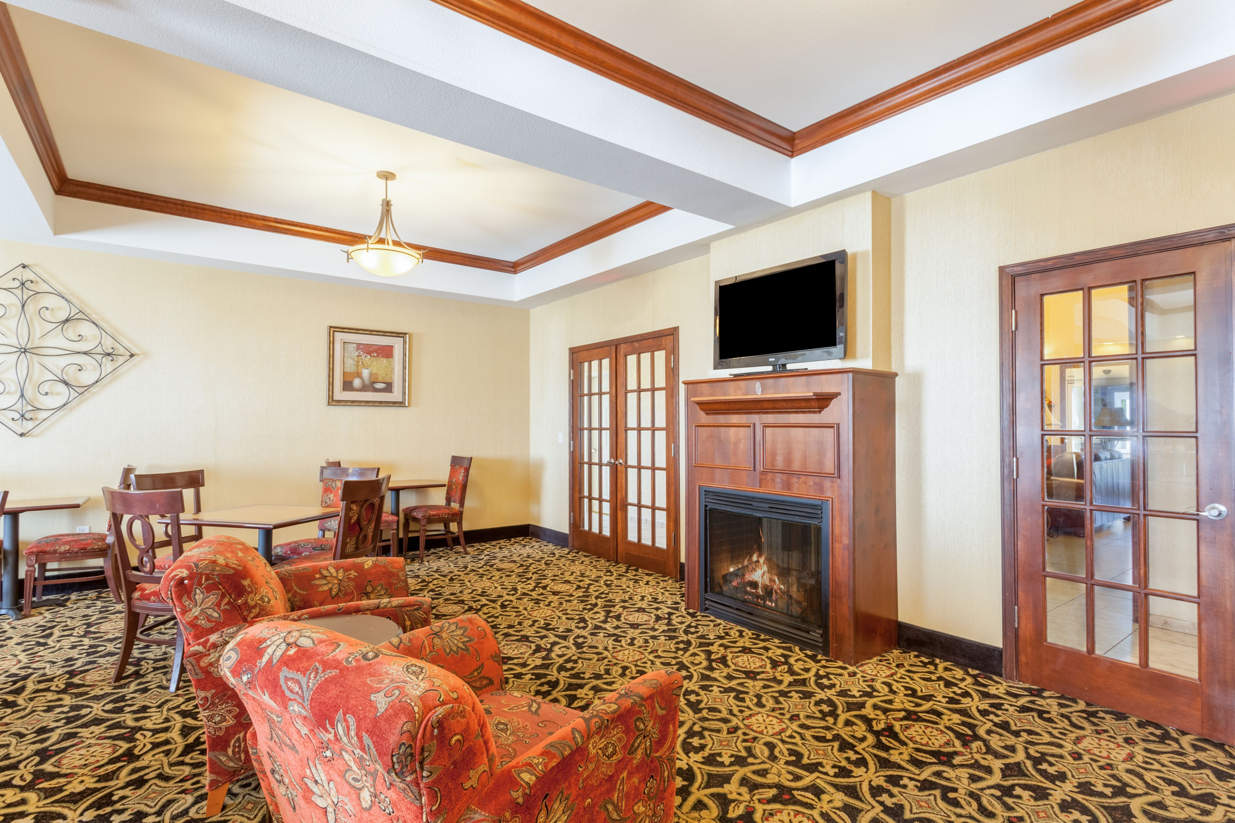 Holiday Inn Express & Suites Clarksville image 11
