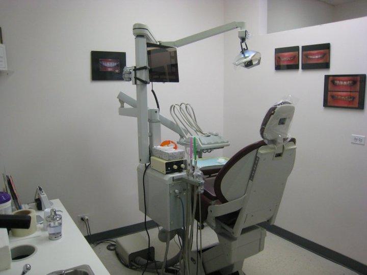 Glenlake Dental Care image 4