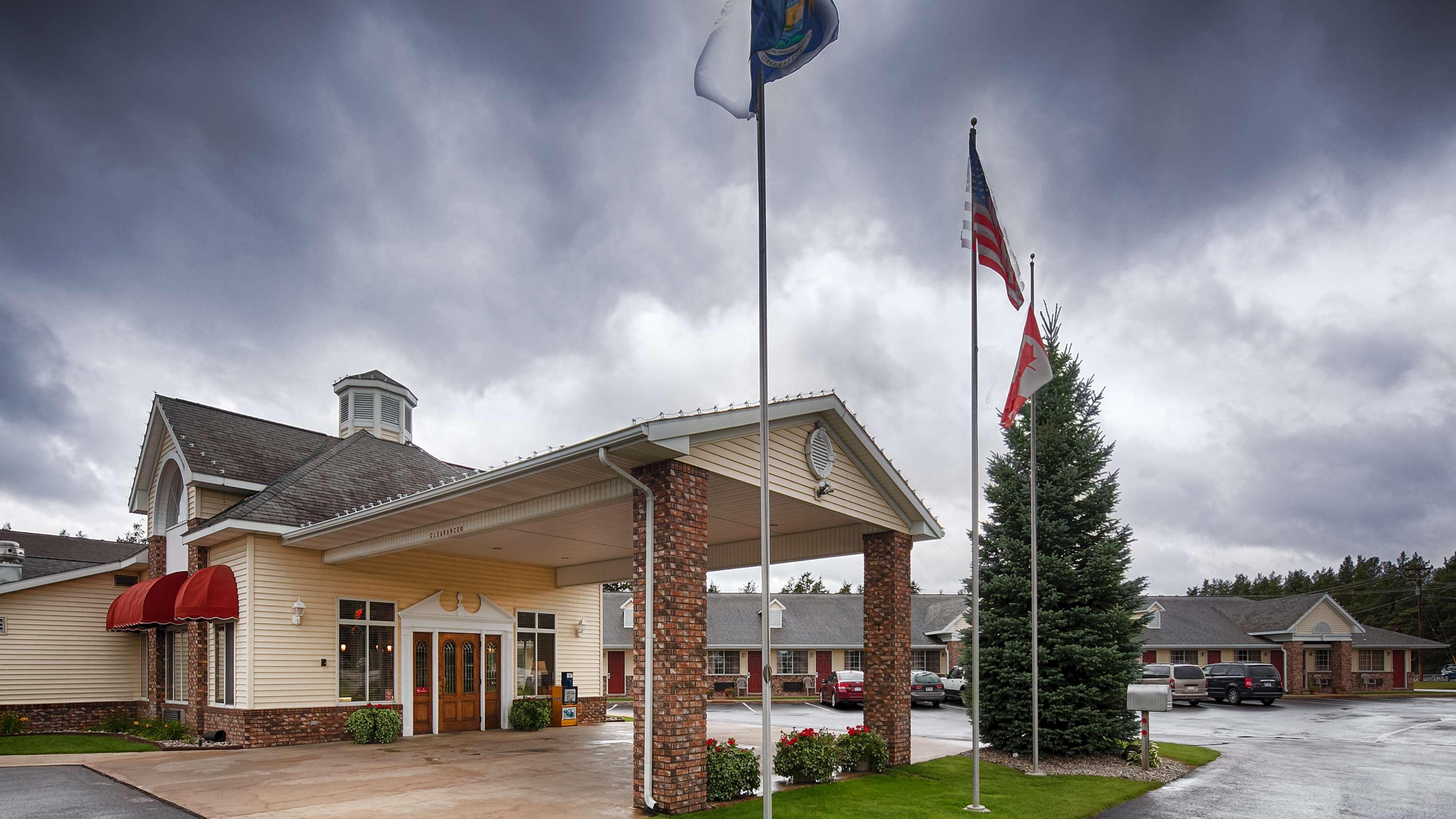 Best Western of Harbor Springs image 12