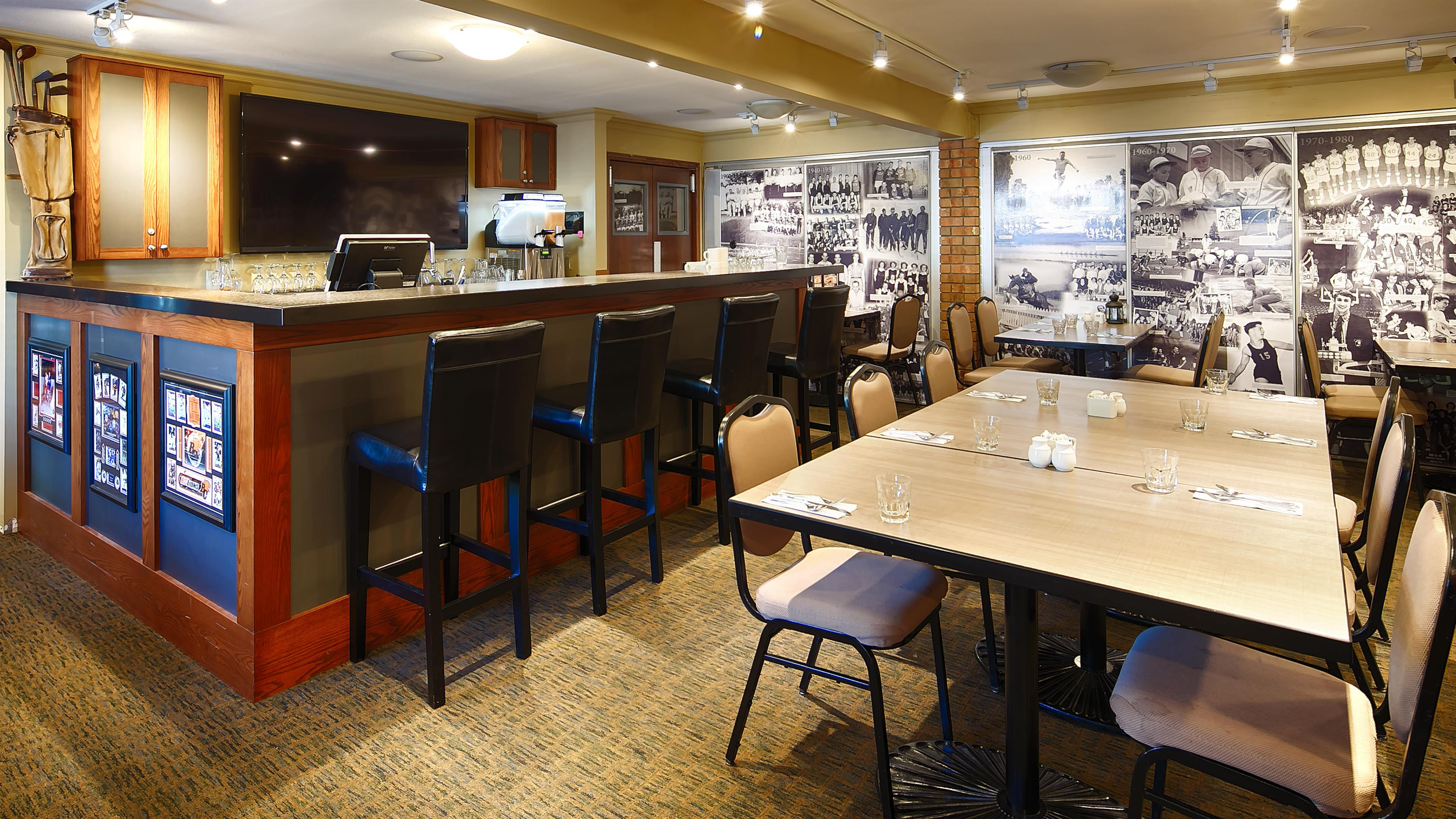 Best Western Plus Regency Inn & Conference Centre in Abbotsford: Onsite Dining