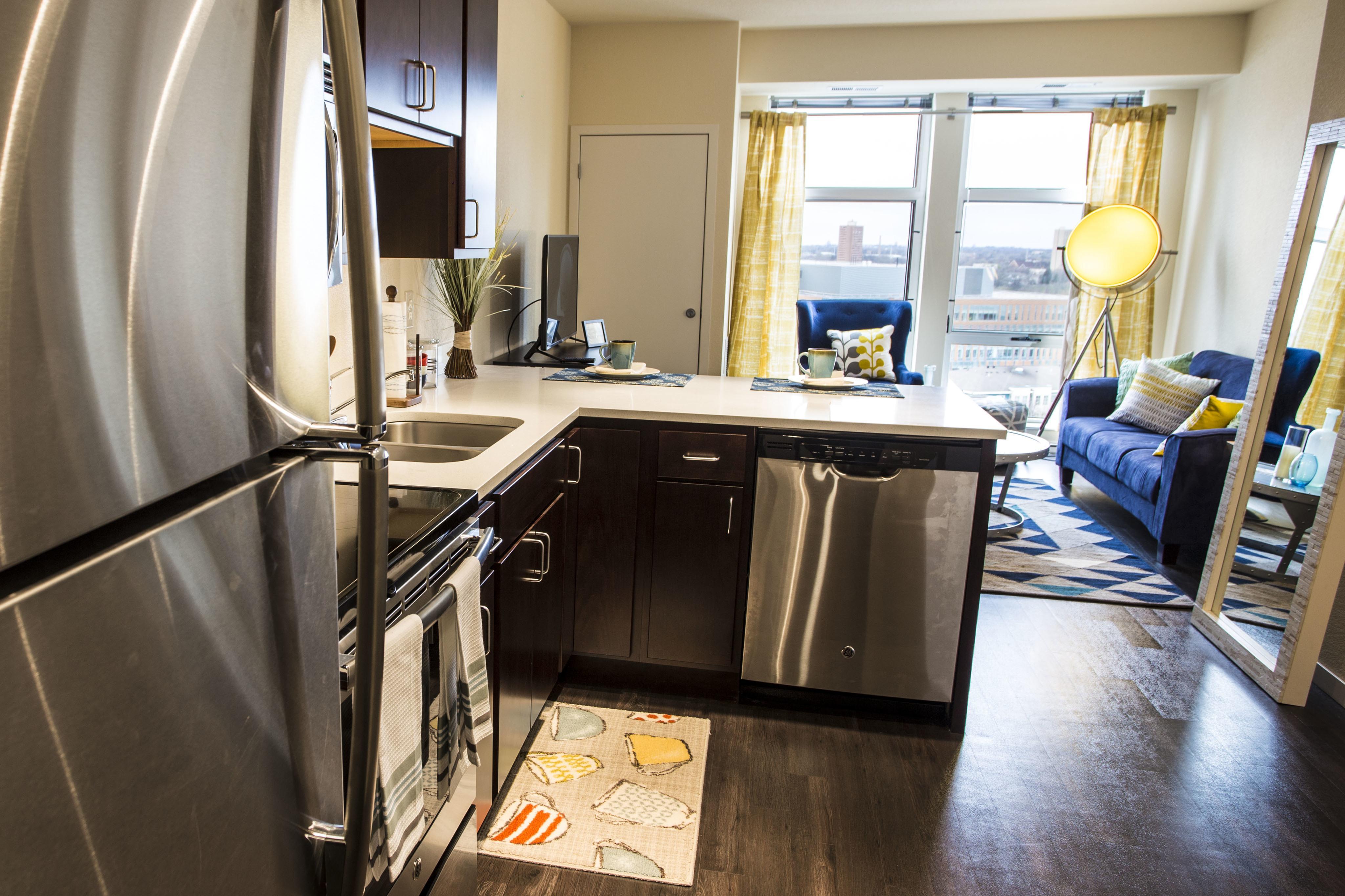 WaHu Apartments image 2