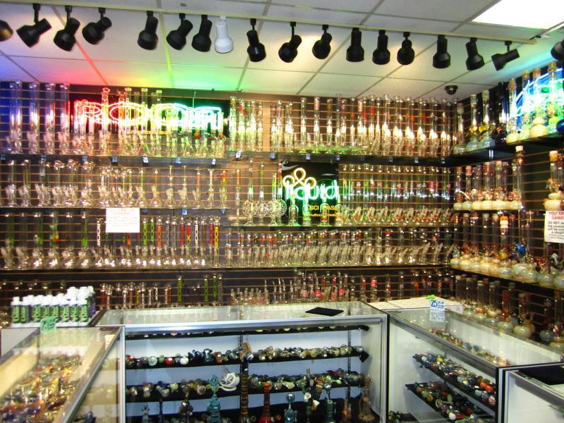 Outer Limits Smoke Shop image 3