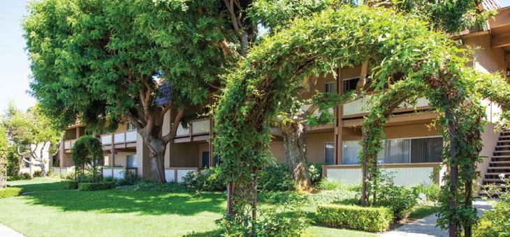 Huntington Continental Apartments