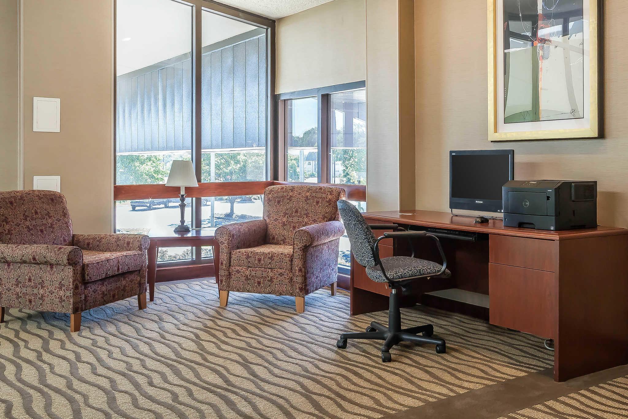 Comfort Inn - Hall of Fame image 24