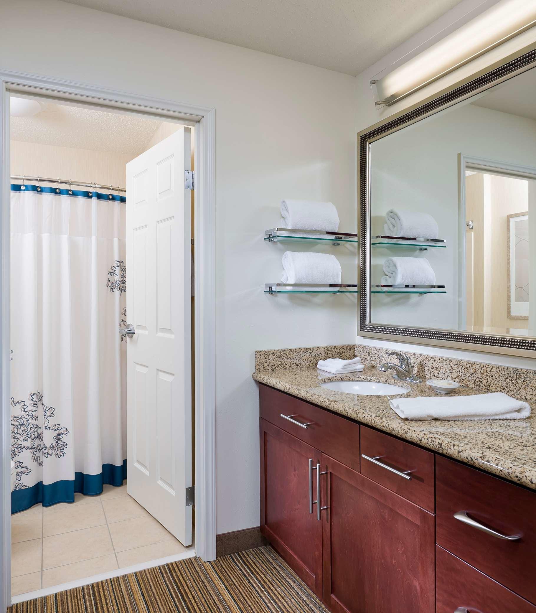 Residence Inn by Marriott Cedar Rapids image 9
