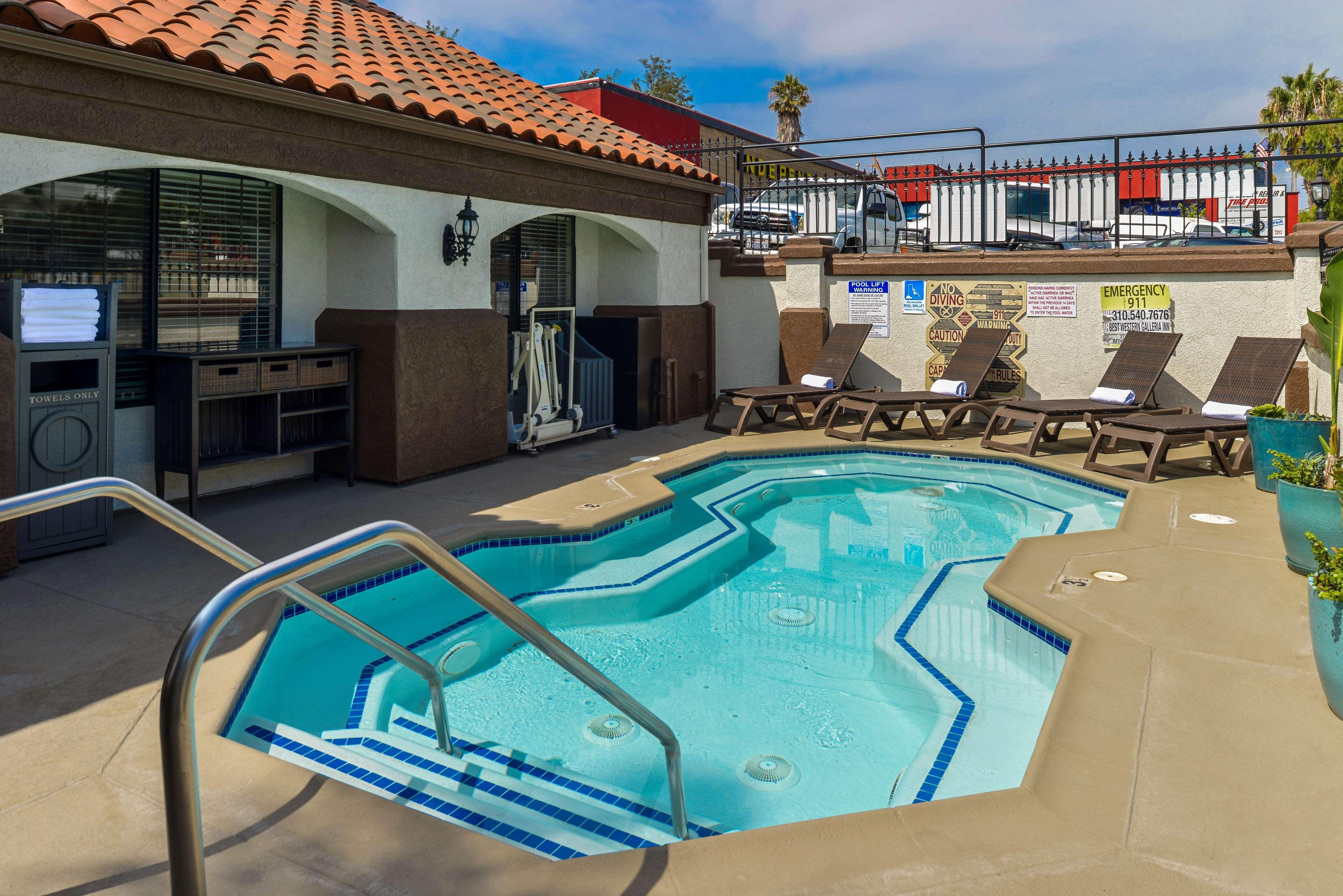Best Western Redondo Beach Galleria Inn image 3