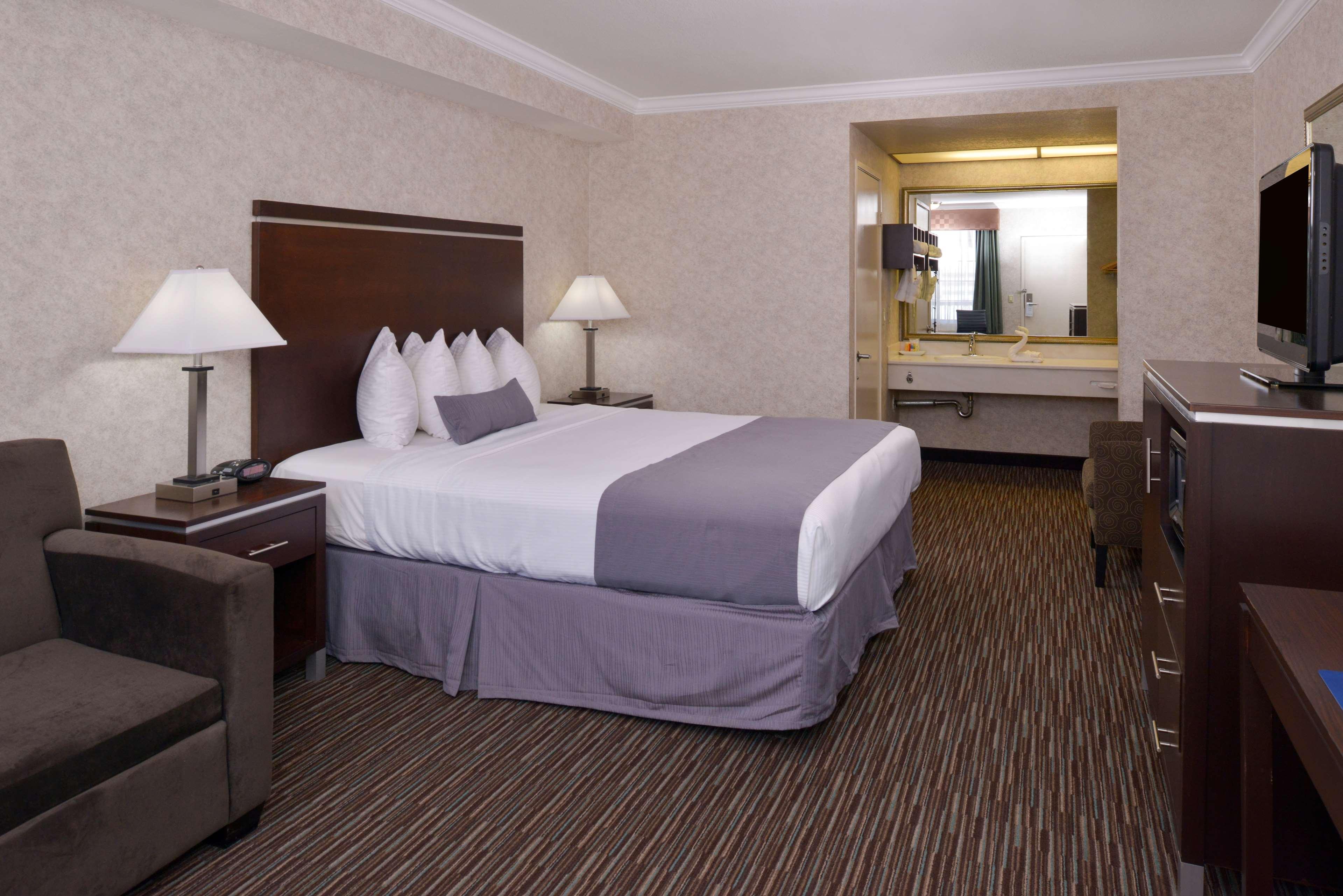 Best Western Redondo Beach Galleria Inn image 11