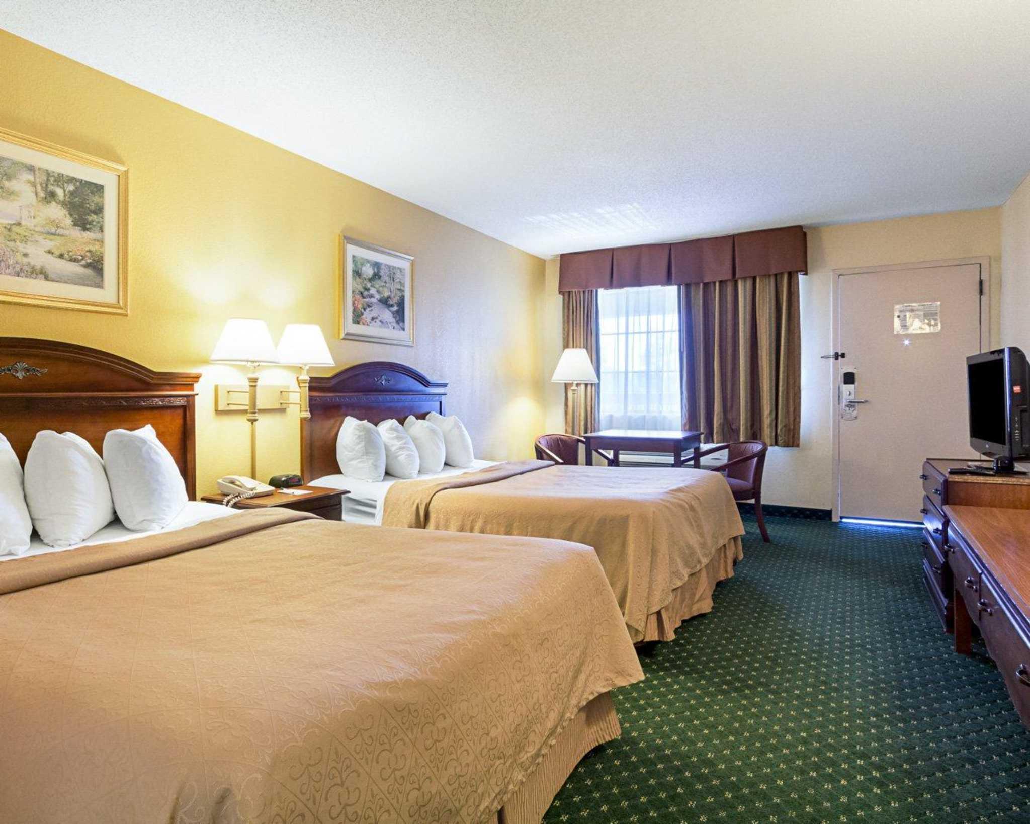 Quality Inn & Suites Southwest image 6