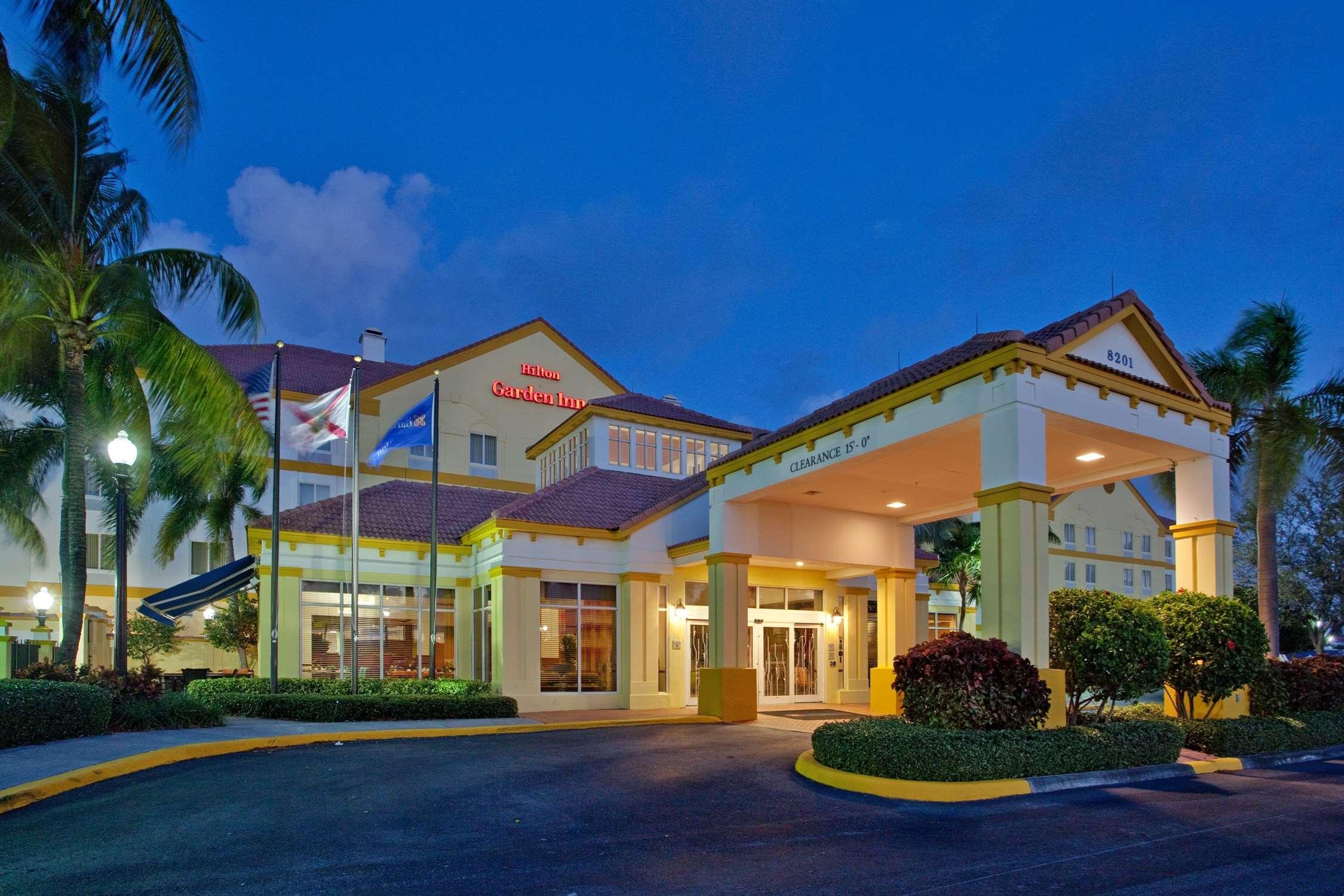 Hilton Garden Inn Boca Raton image 0