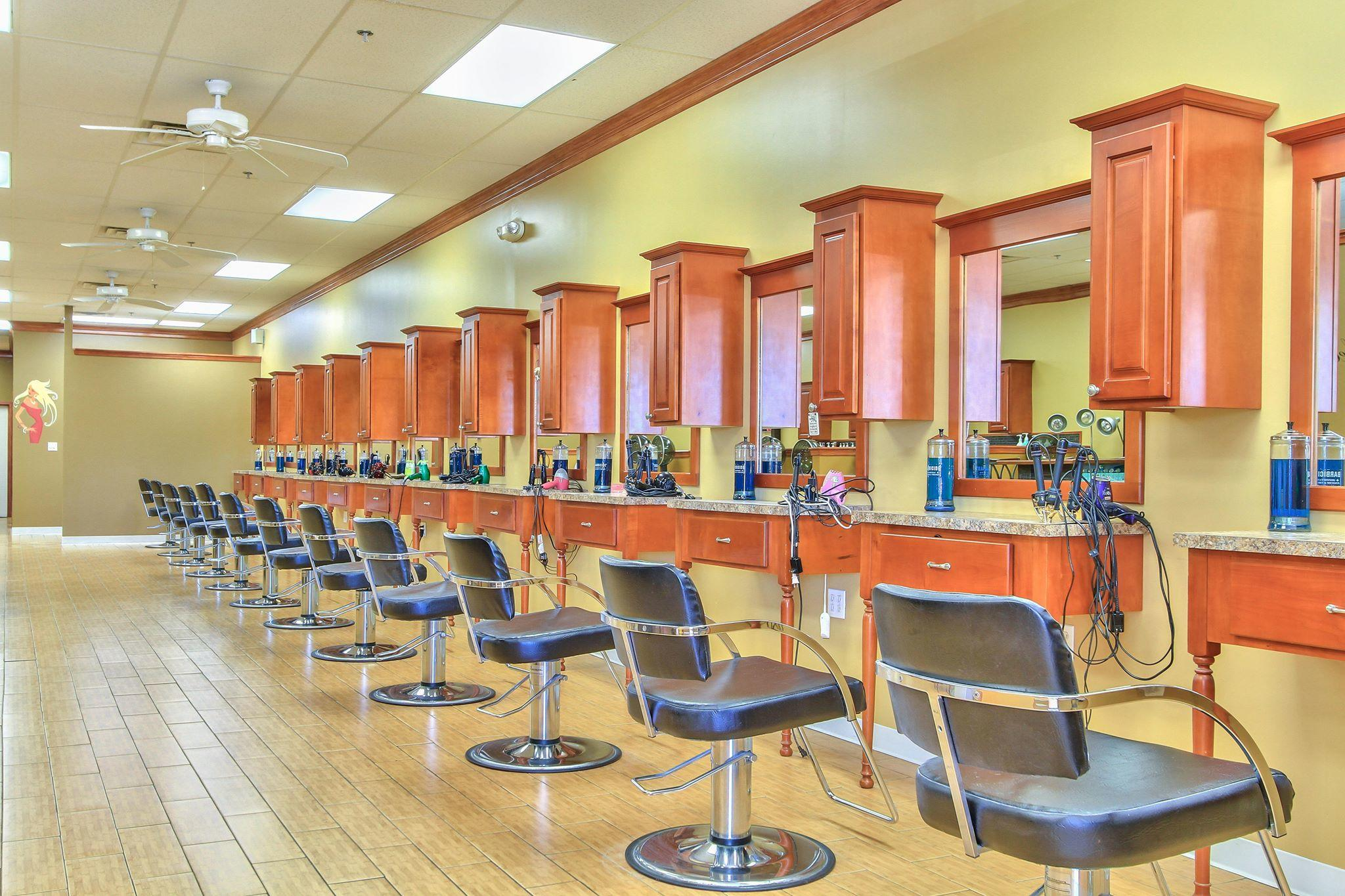 Bella Salon & Spa image 0
