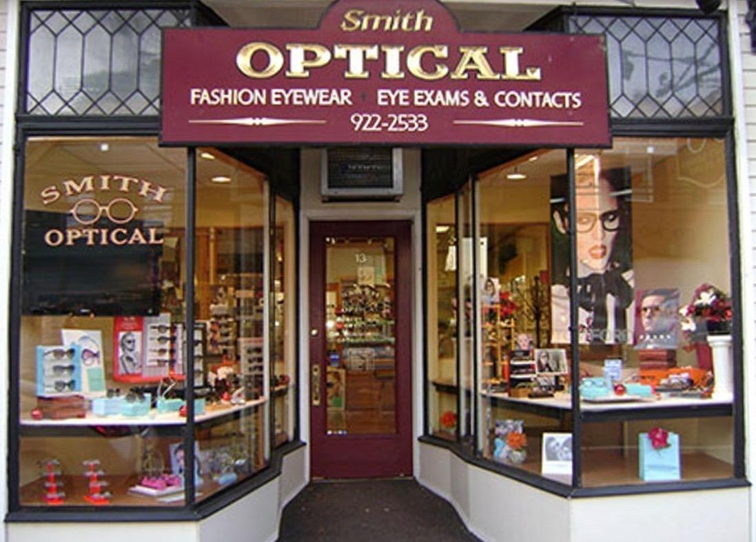 Smith Optical of Oyster Bay image 0