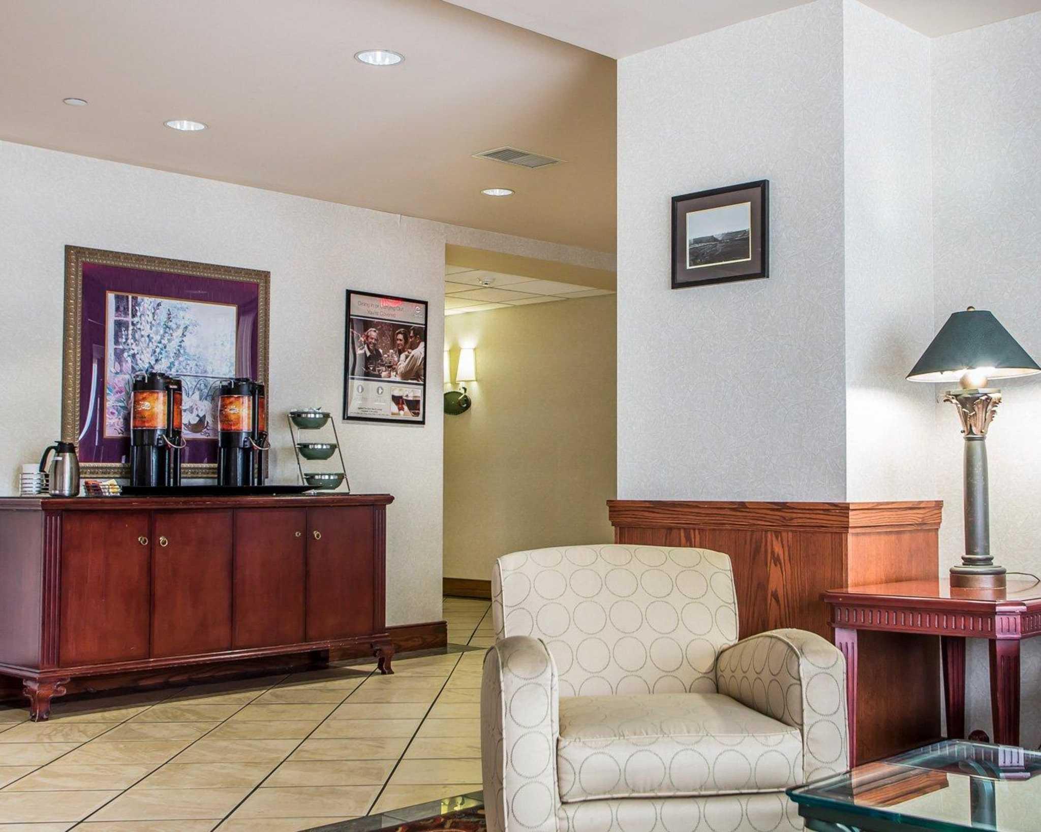 Clarion Hotel Highlander Conference Center image 15