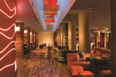 Courtyard by Marriott Miami Airport image 16