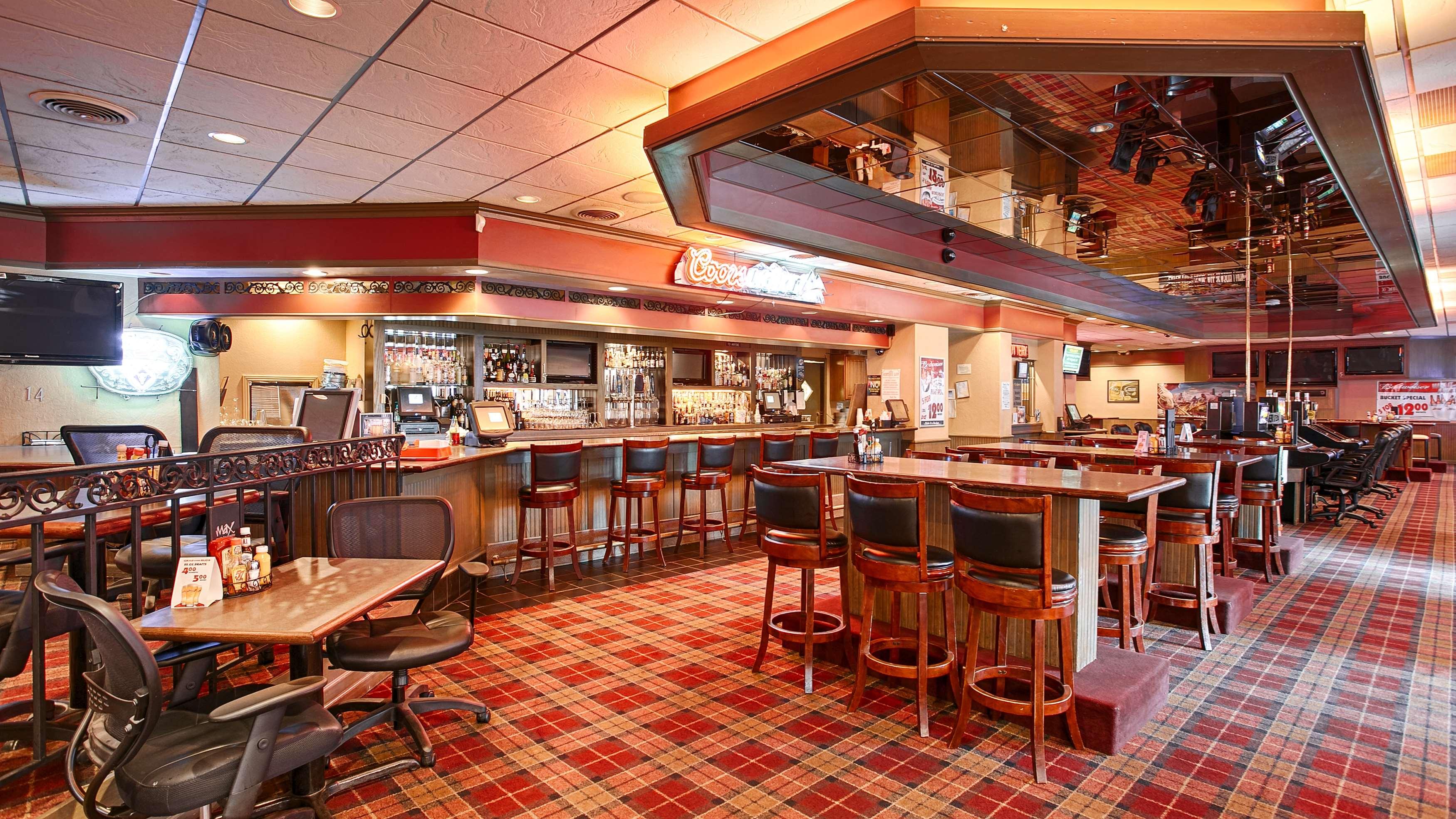 Best Western Plus Heritage Inn image 4