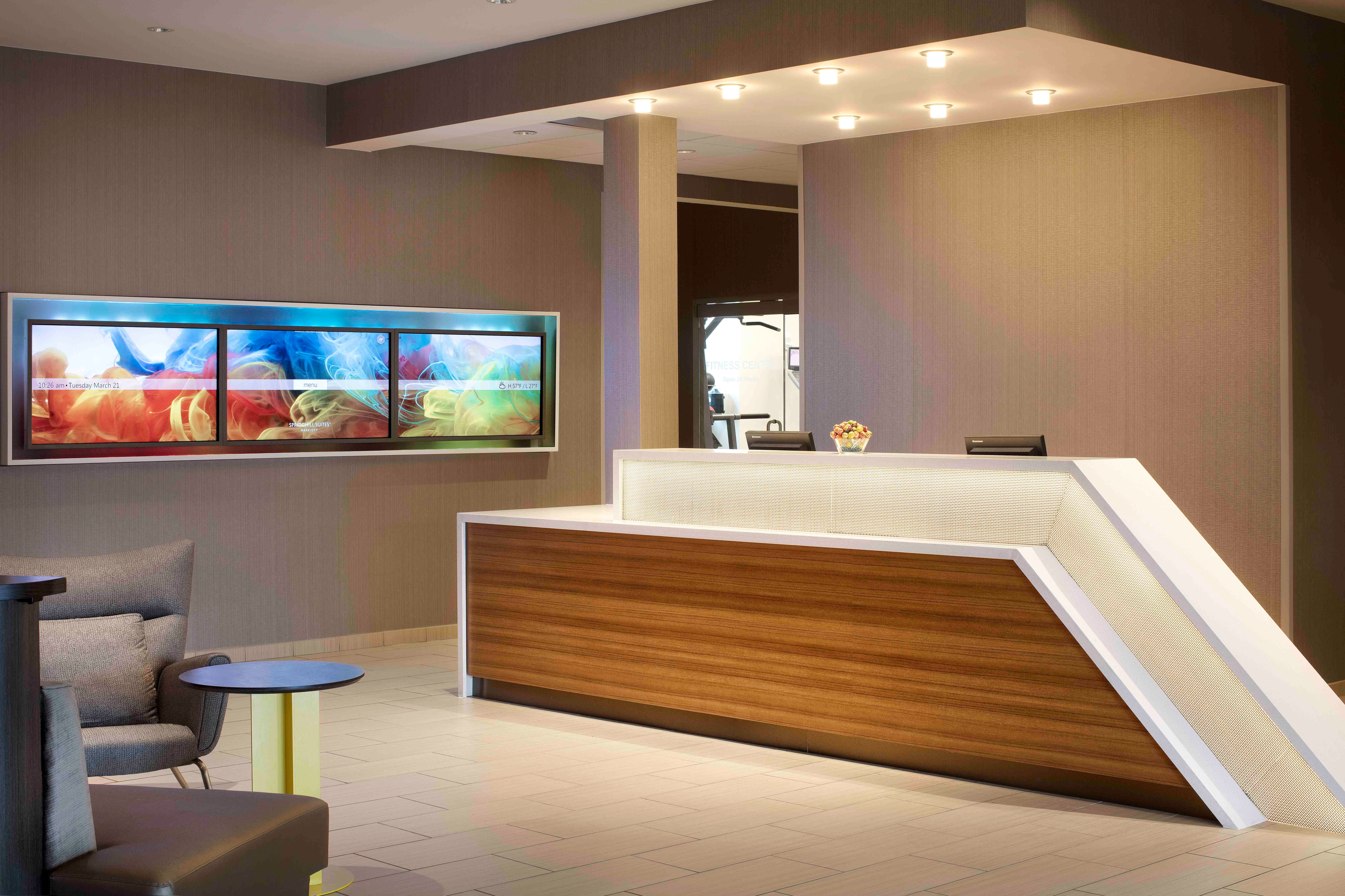 SpringHill Suites by Marriott Indianapolis Downtown image 3
