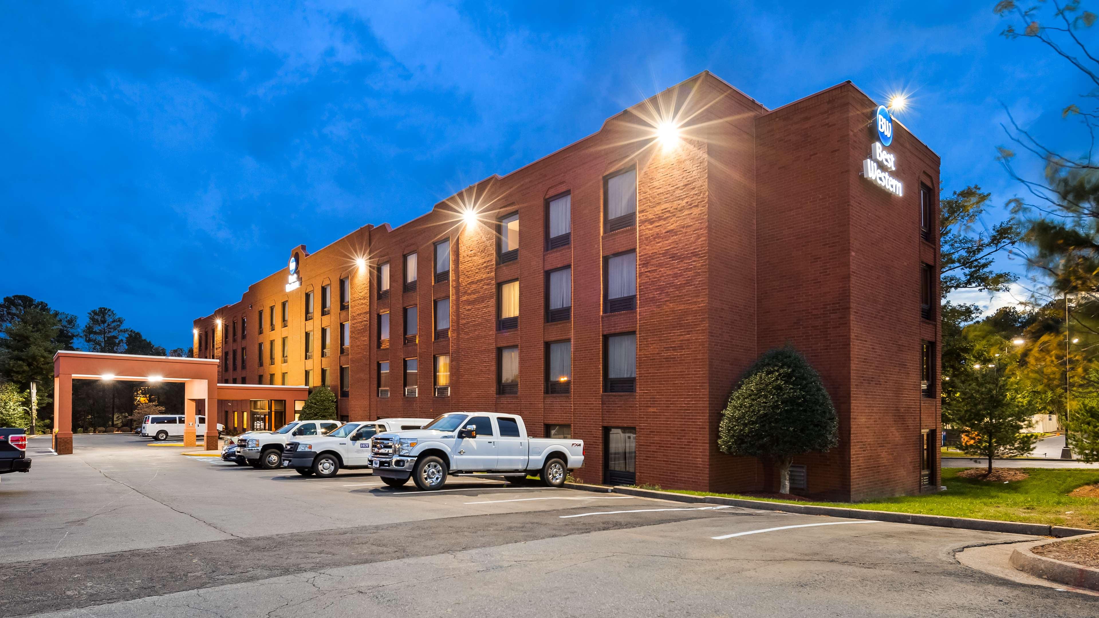 Best Western Executive Hotel image 0