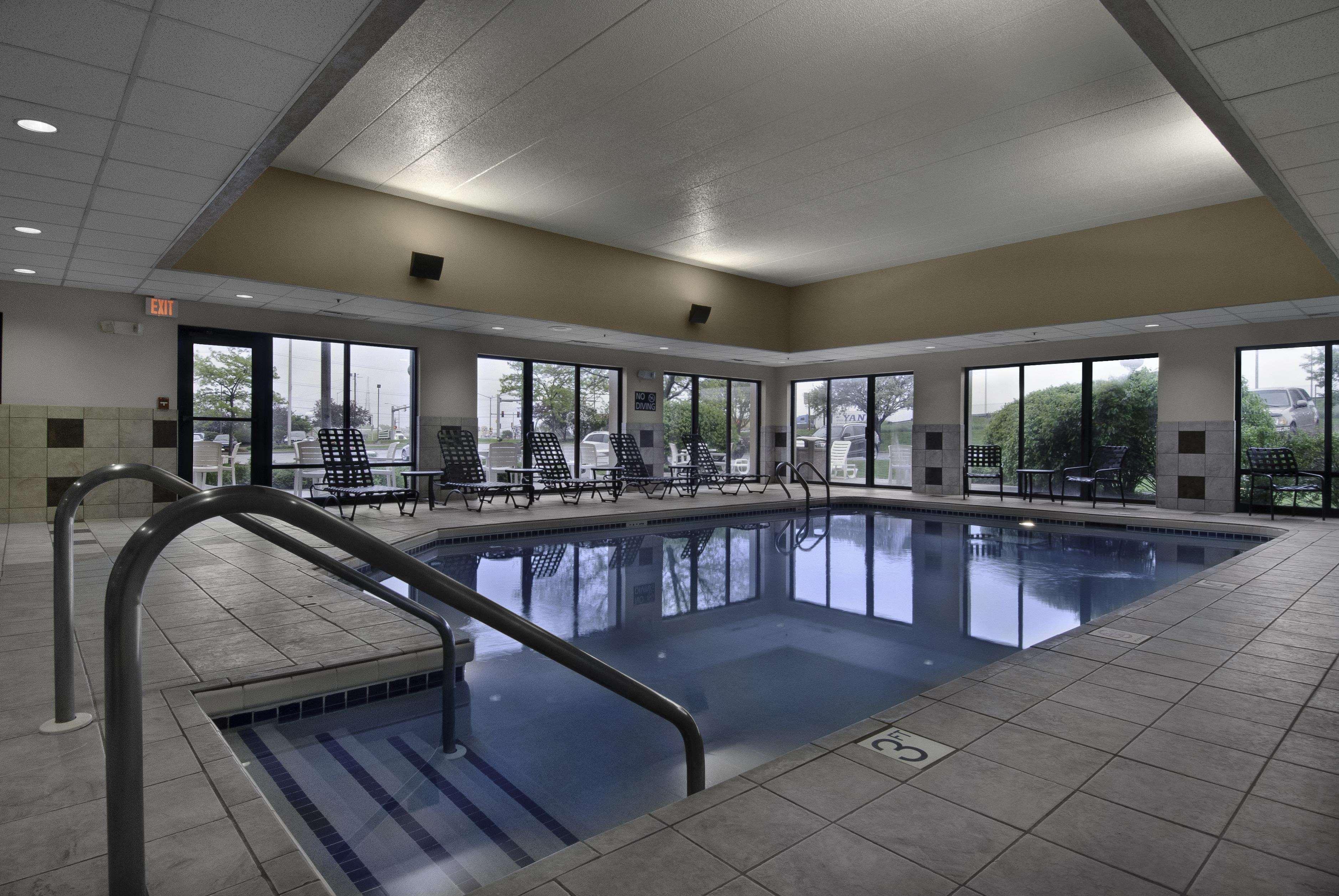 Hampton Inn Milwaukee/Brookfield image 2