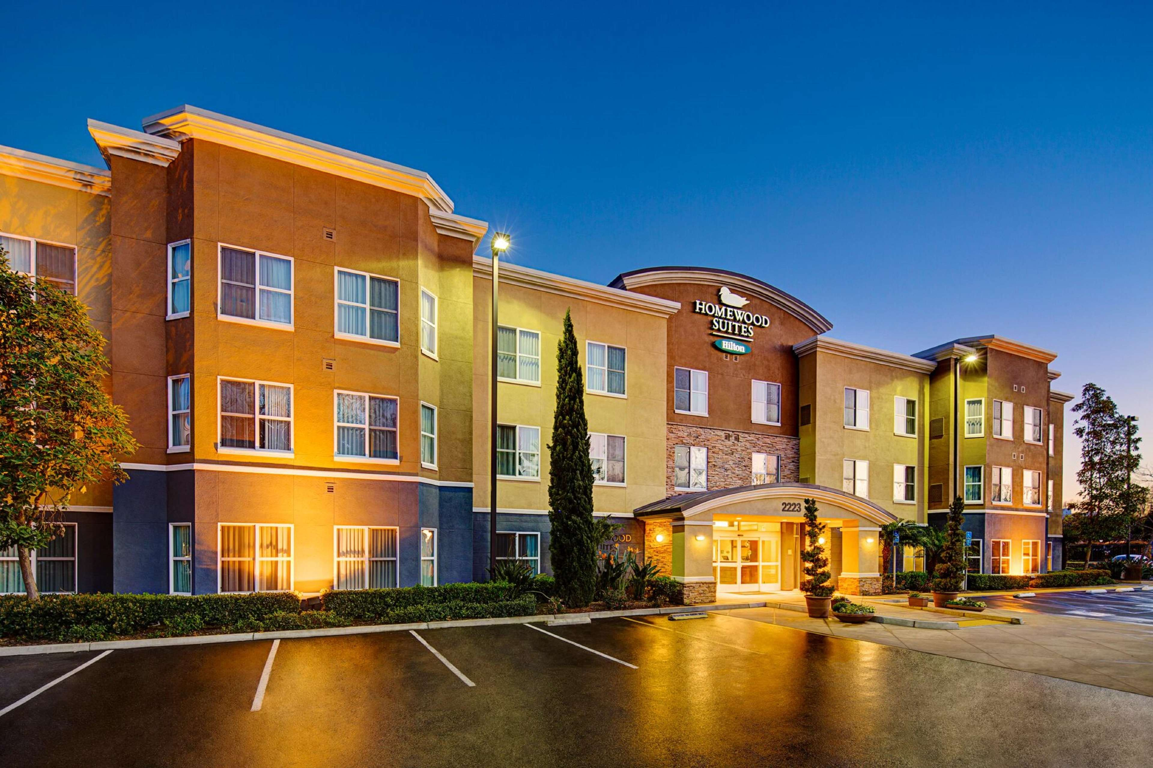 Homewood Suites by Hilton Carlsbad-North San Diego County image 0