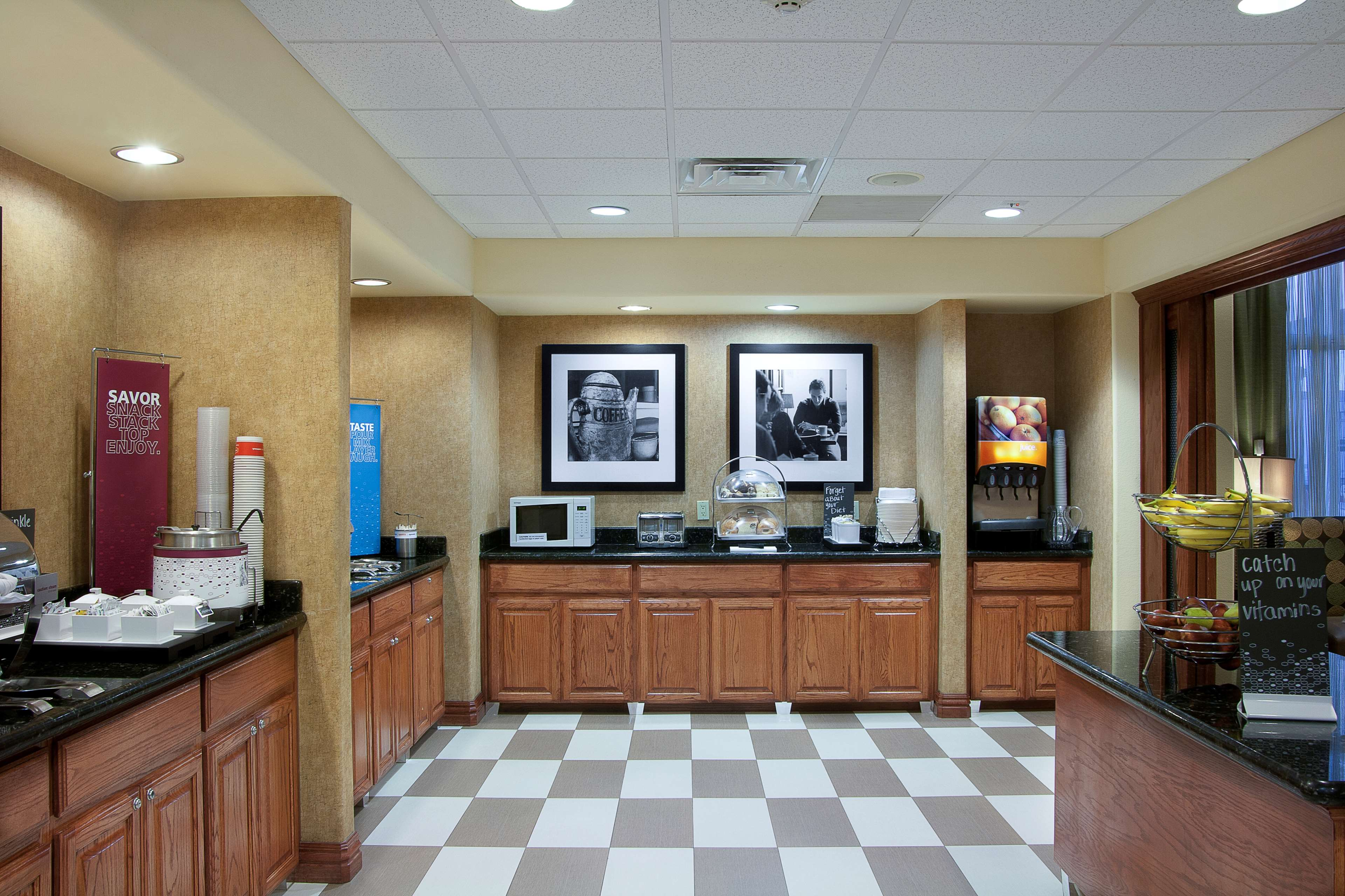 Hampton Inn and Suites Brownsville image 7