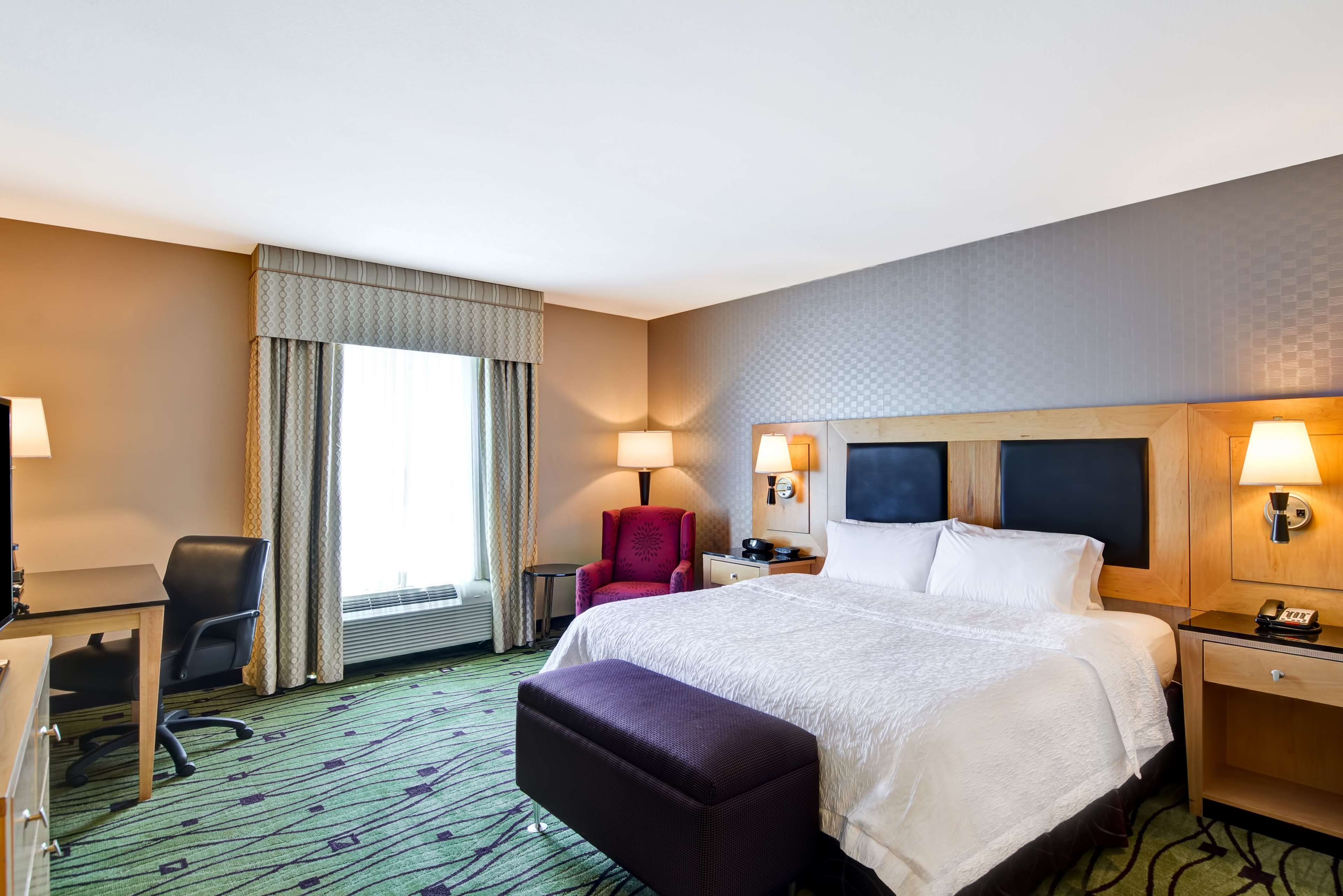 Hampton Inn & Suites Raleigh/Crabtree Valley image 19