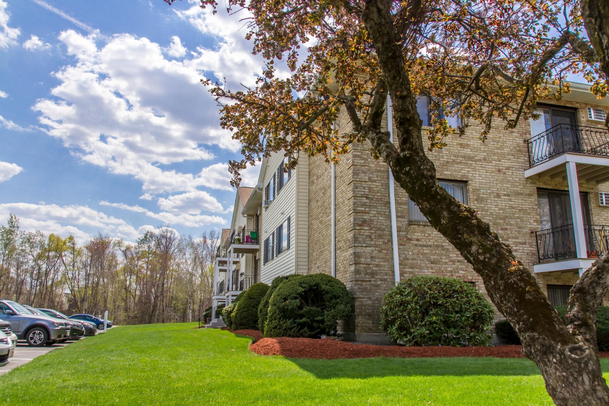 Princeton Park Apartments image 15
