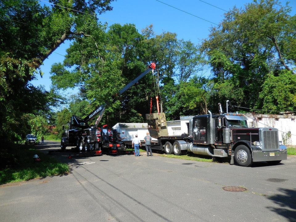 Mike's Towing & Recovery image 16