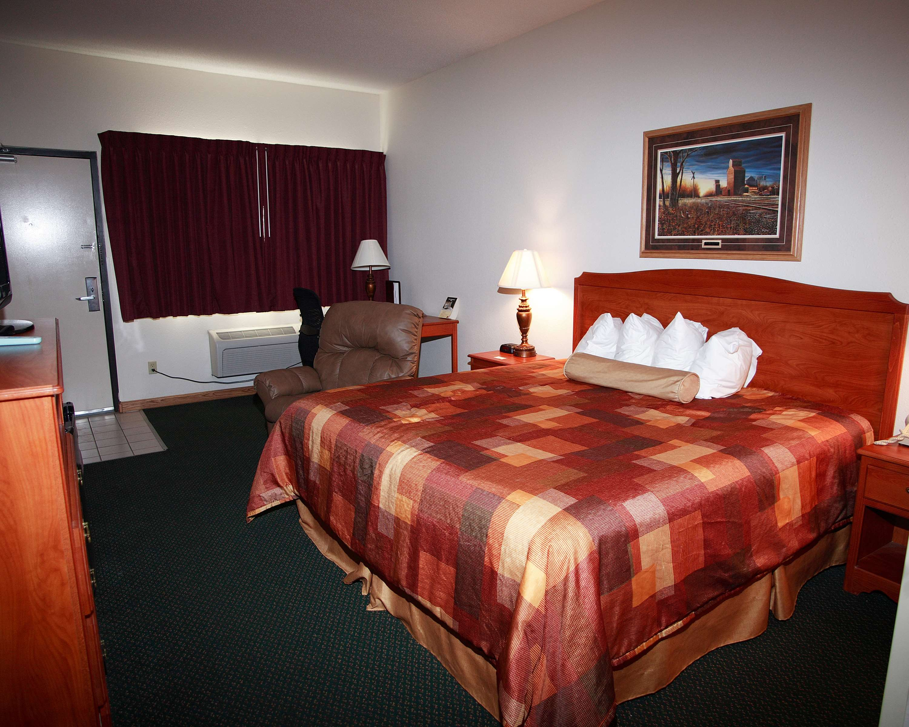 Best Western Of Huron image 9
