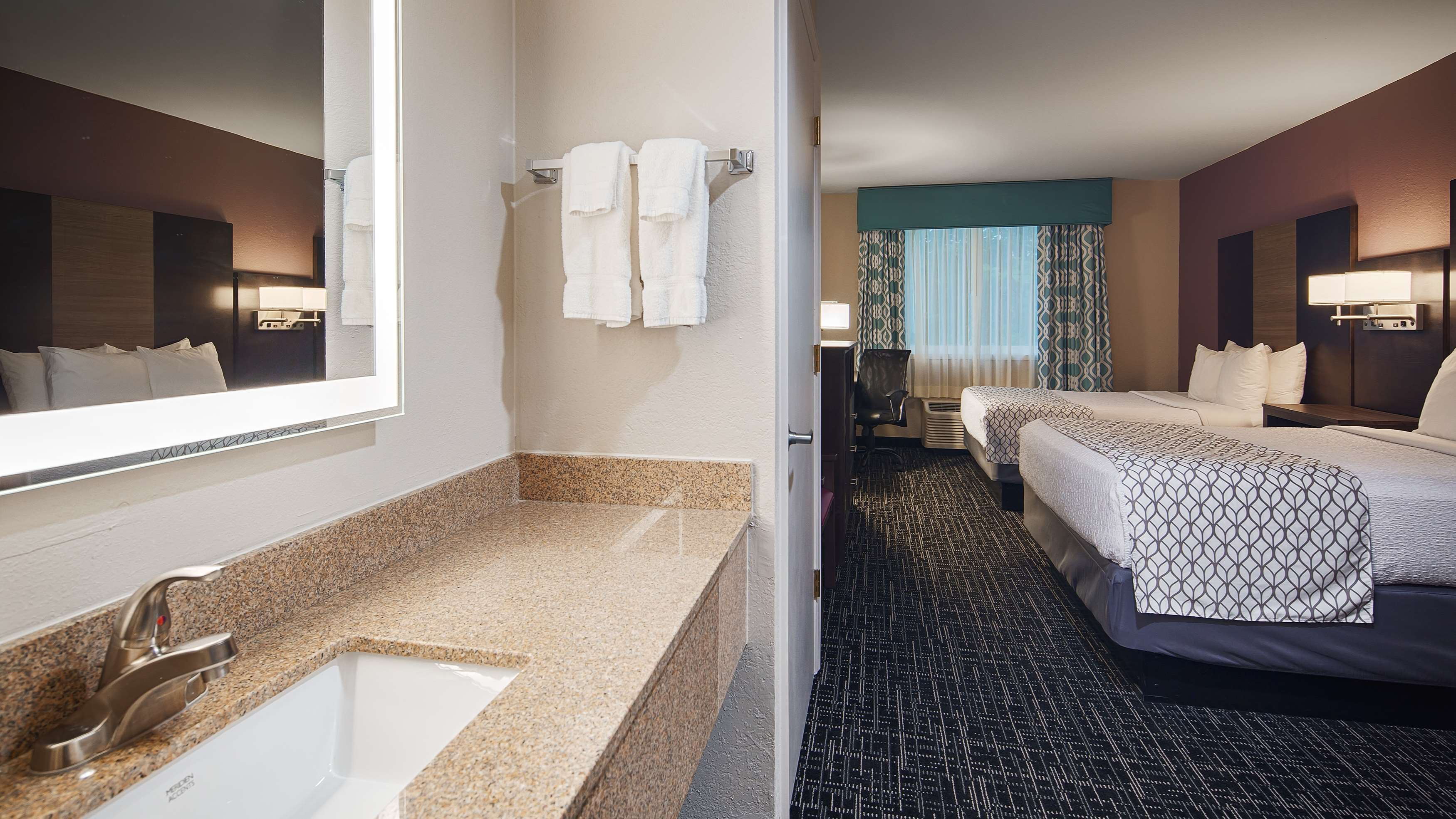 Best Western Fort Myers Inn & Suites image 14