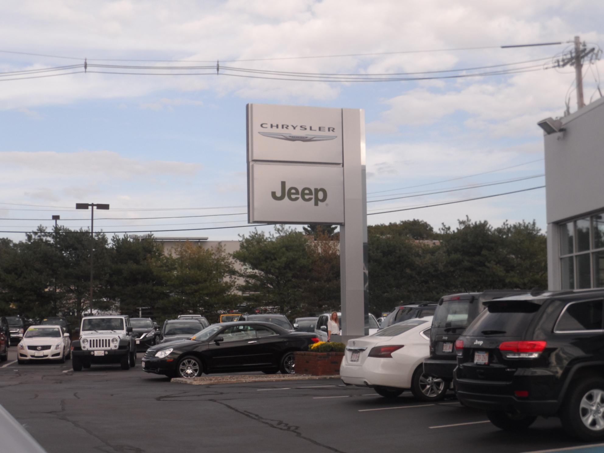 Kelly Jeep Chrysler image 12