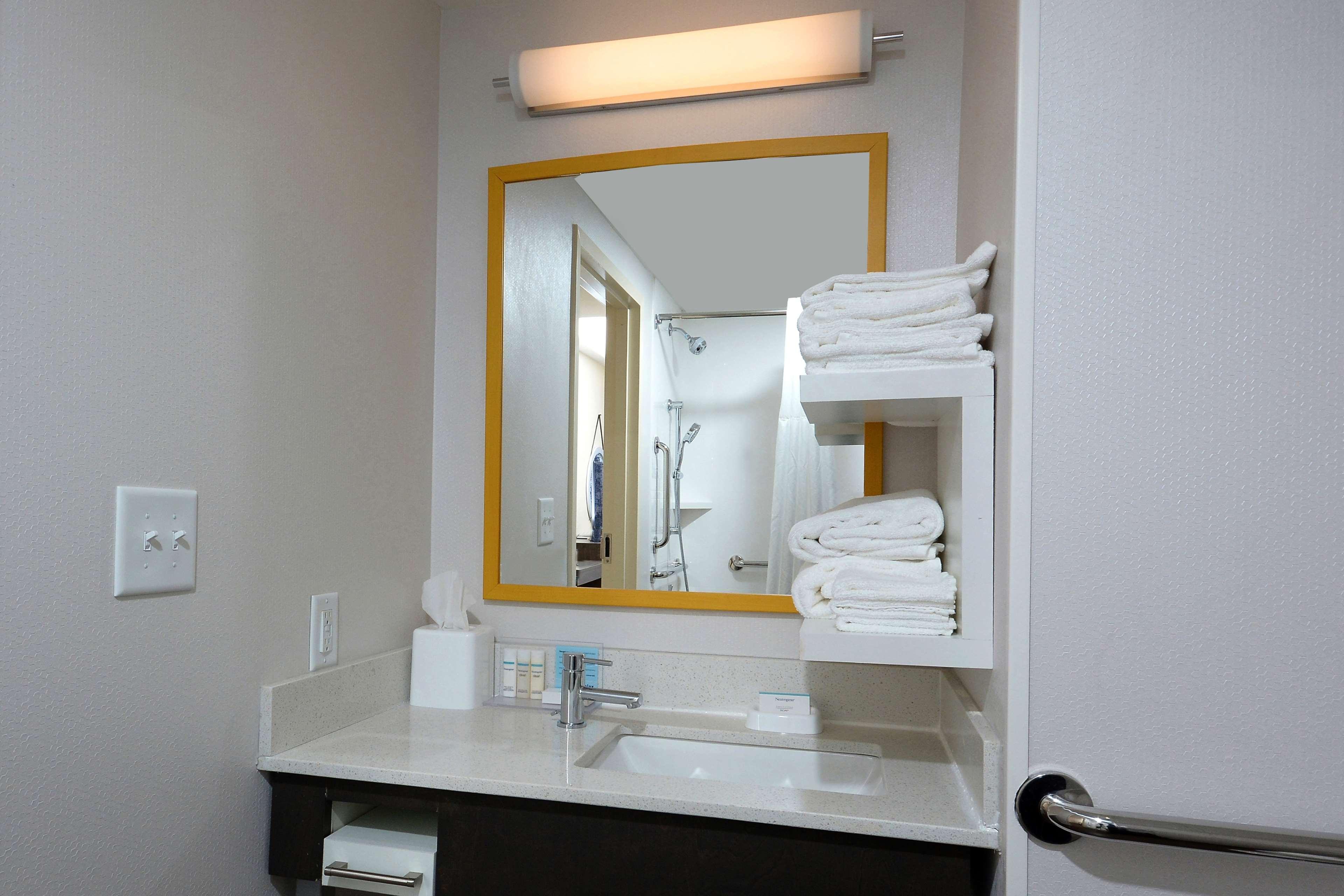Hampton Inn & Suites Greenville/Spartanburg I-85 image 39
