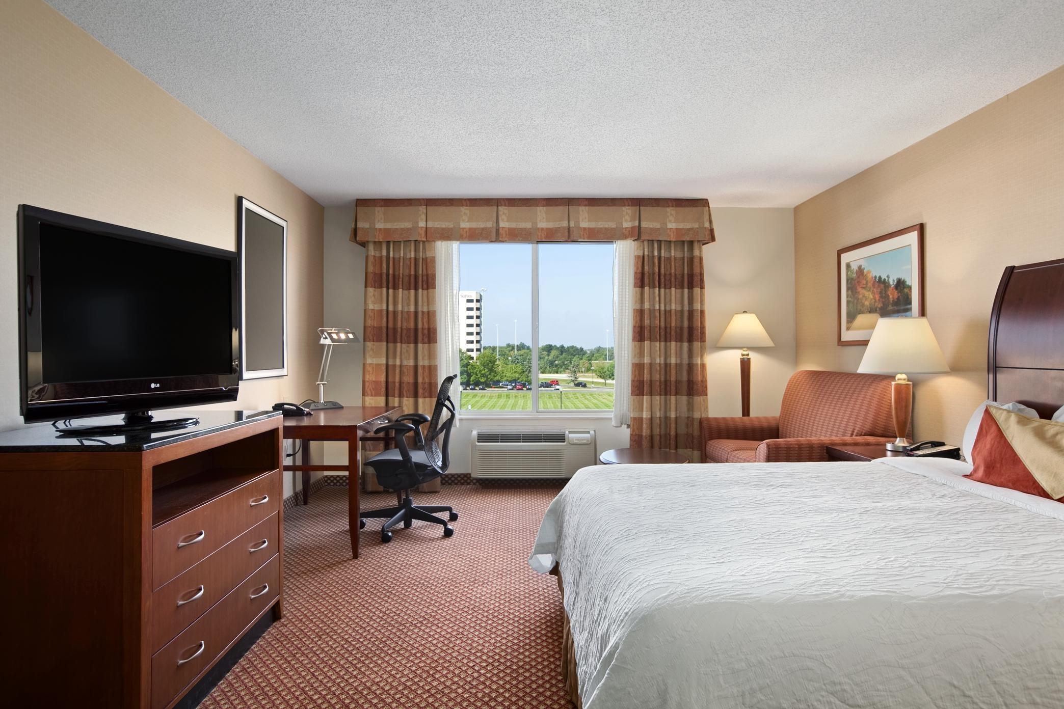 Hilton Garden Inn Chicago/Oakbrook Terrace image 11