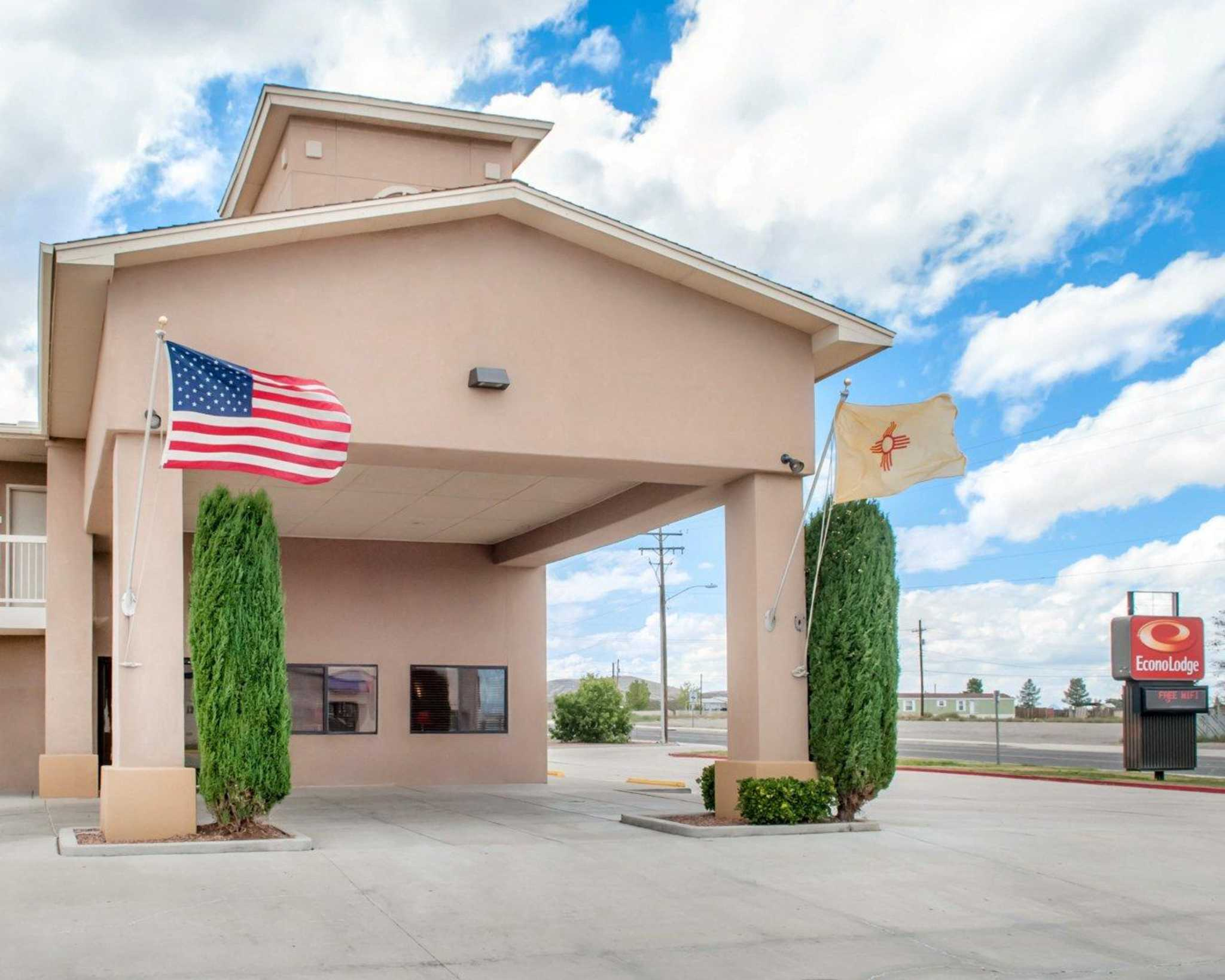 Econo Lodge Lordsburg I-10 image 0