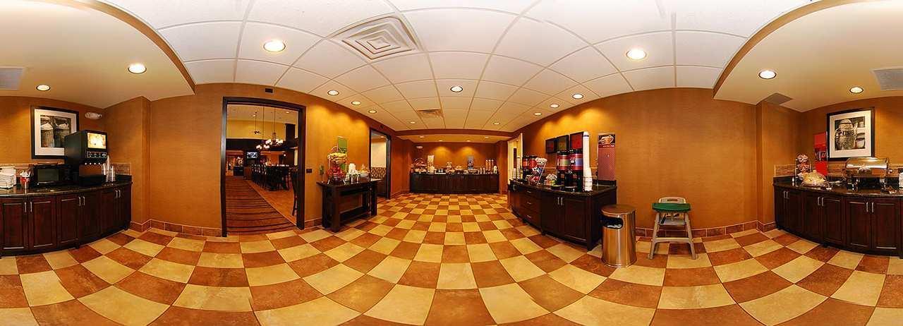 Hampton Inn & Suites Casper image 2