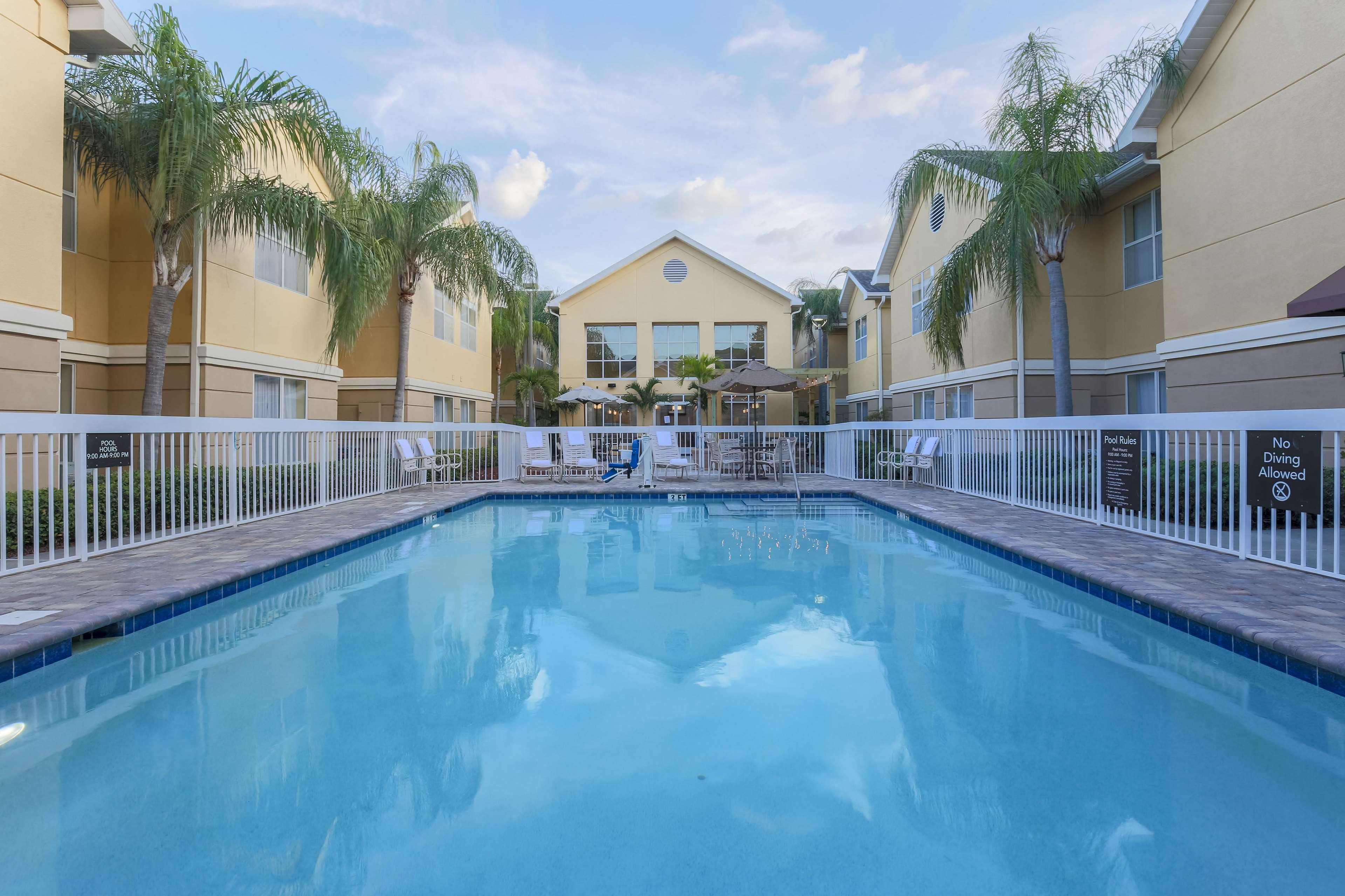 Homewood Suites by Hilton St. Petersburg Clearwater image 11