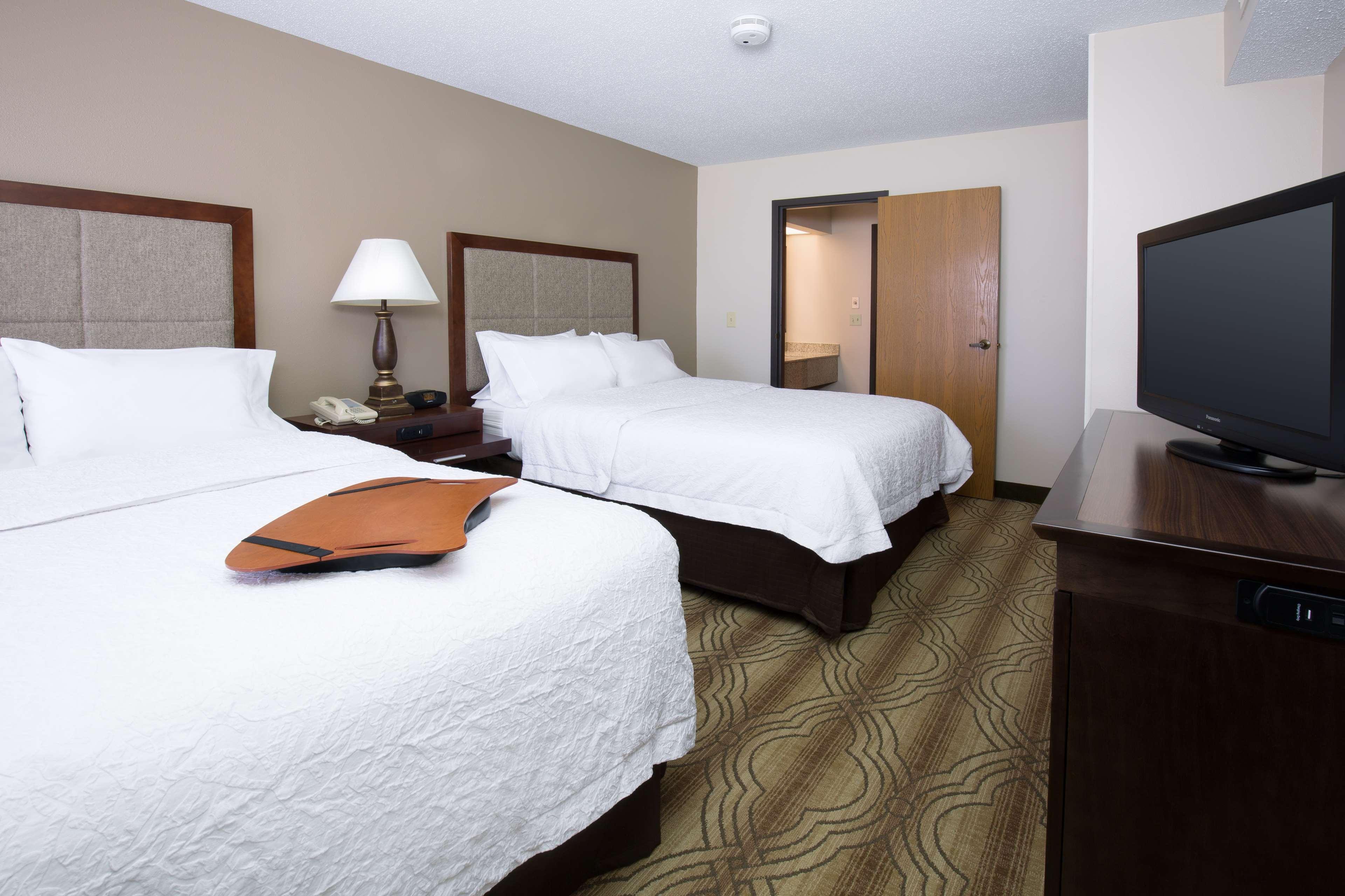 Hampton Inn & Suites Ft. Wayne-North image 15