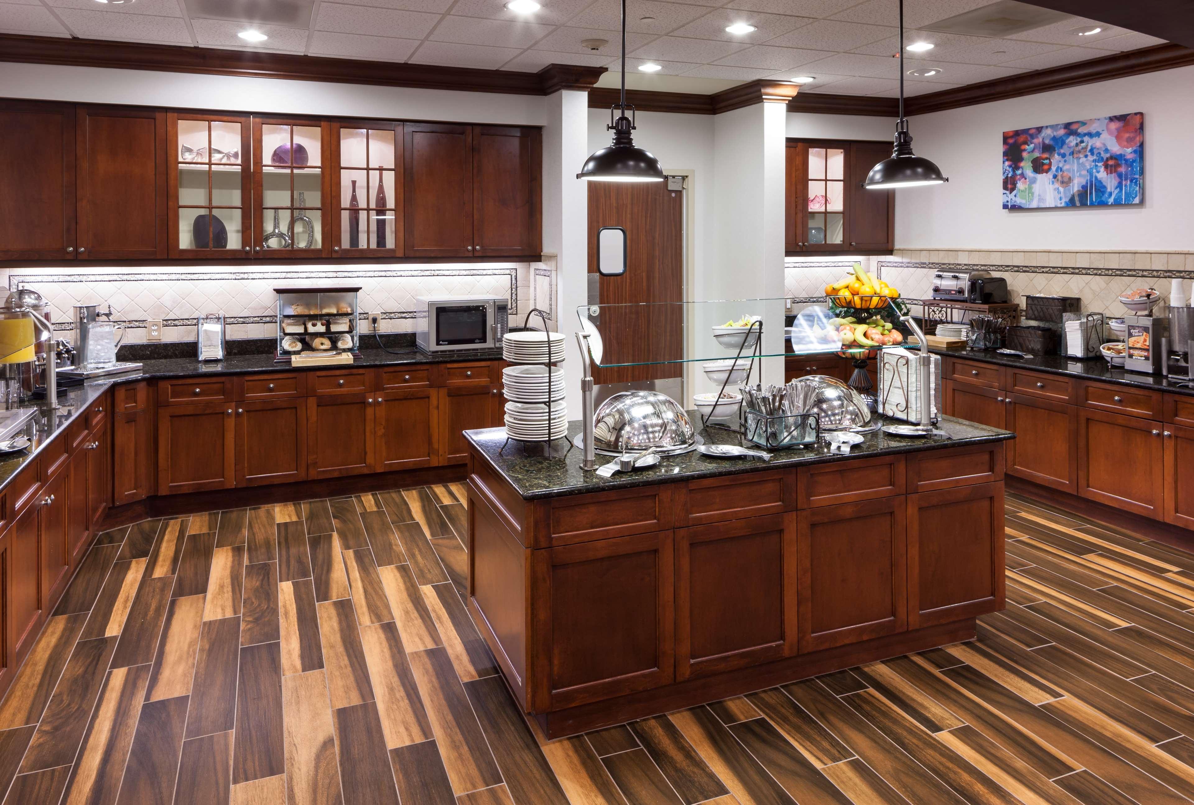 Homewood Suites by Hilton Denton image 11
