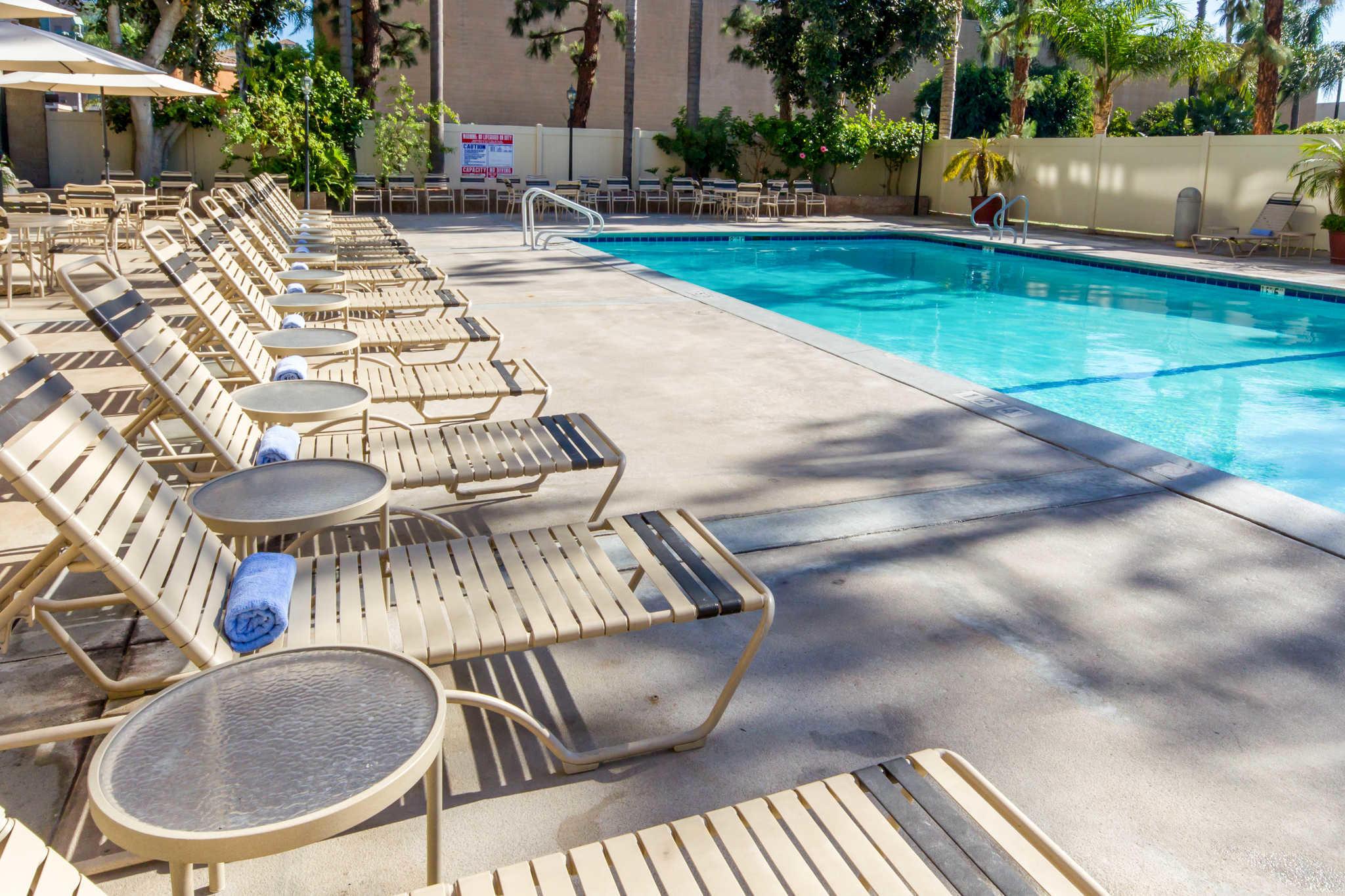 Clarion Hotel Anaheim Resort image 19