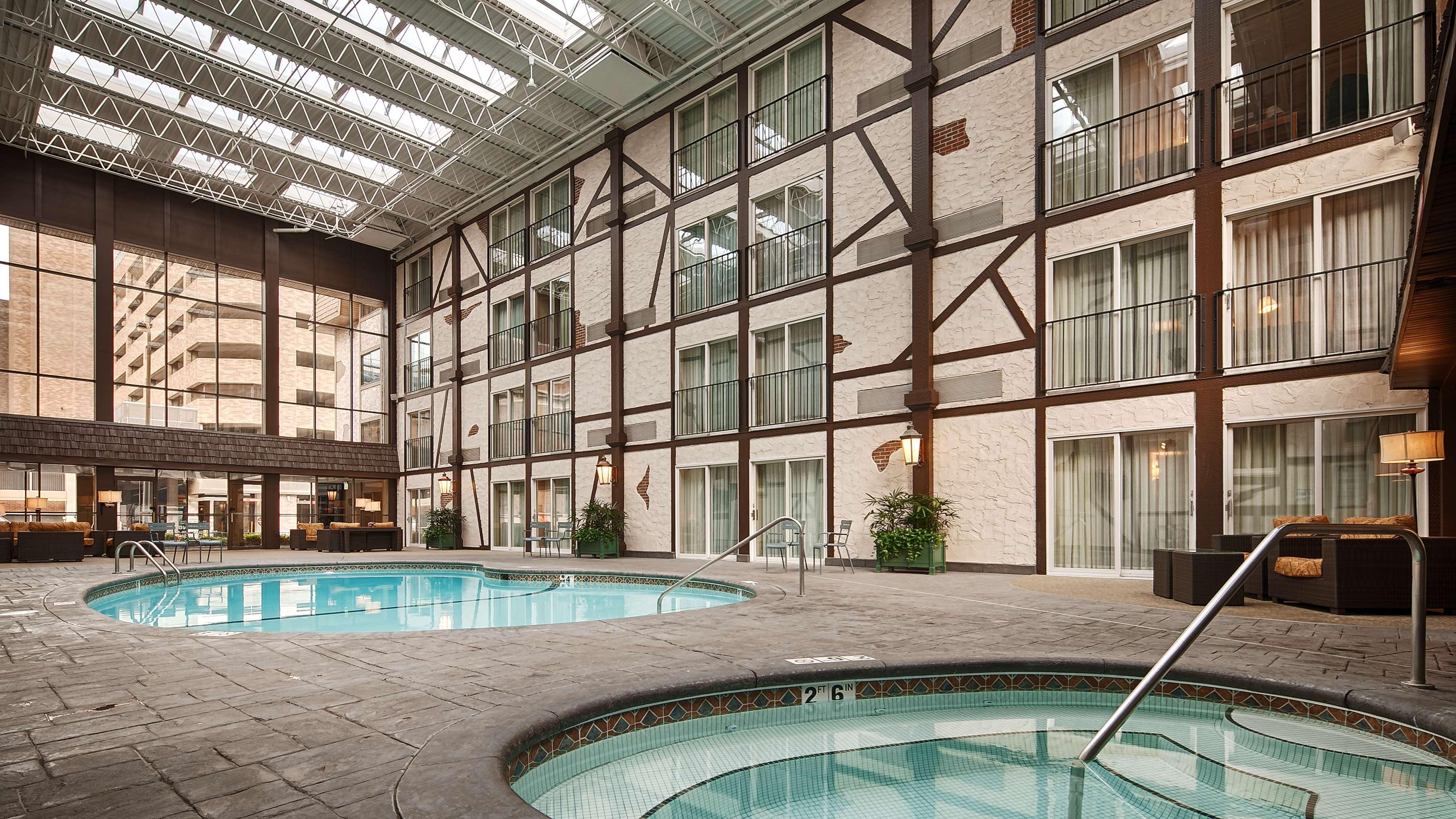 Best Western Plus The Normandy Inn & Suites image 13