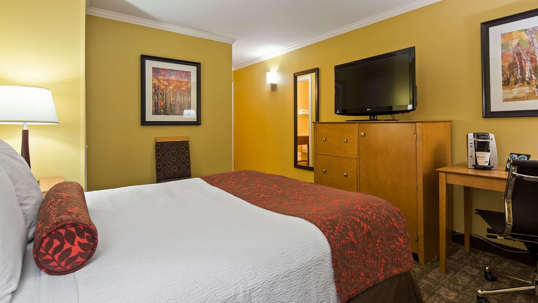Best Western Plus Windjammer Inn & Conference Center image 24