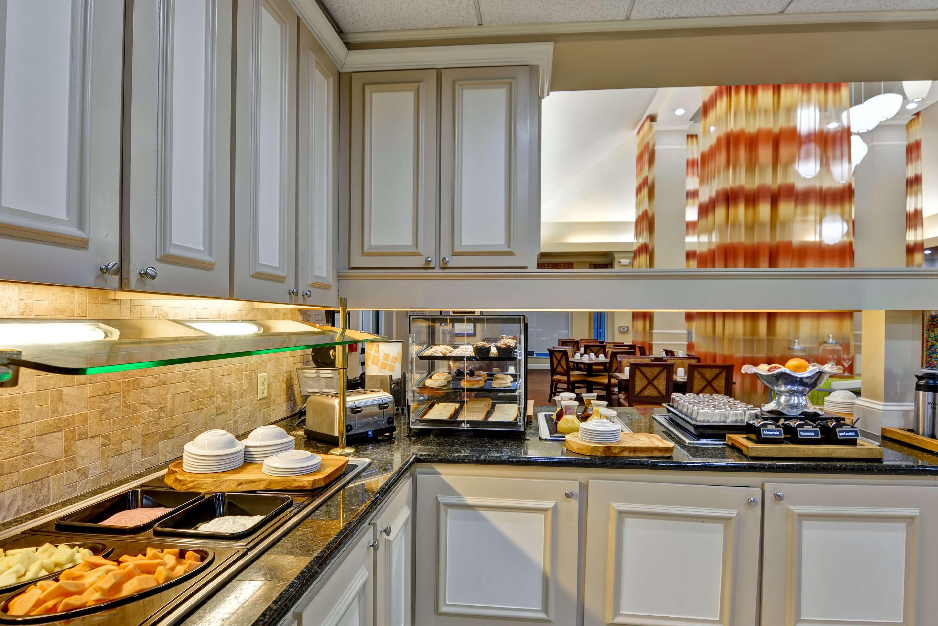 Hilton Garden Inn Panama City image 9