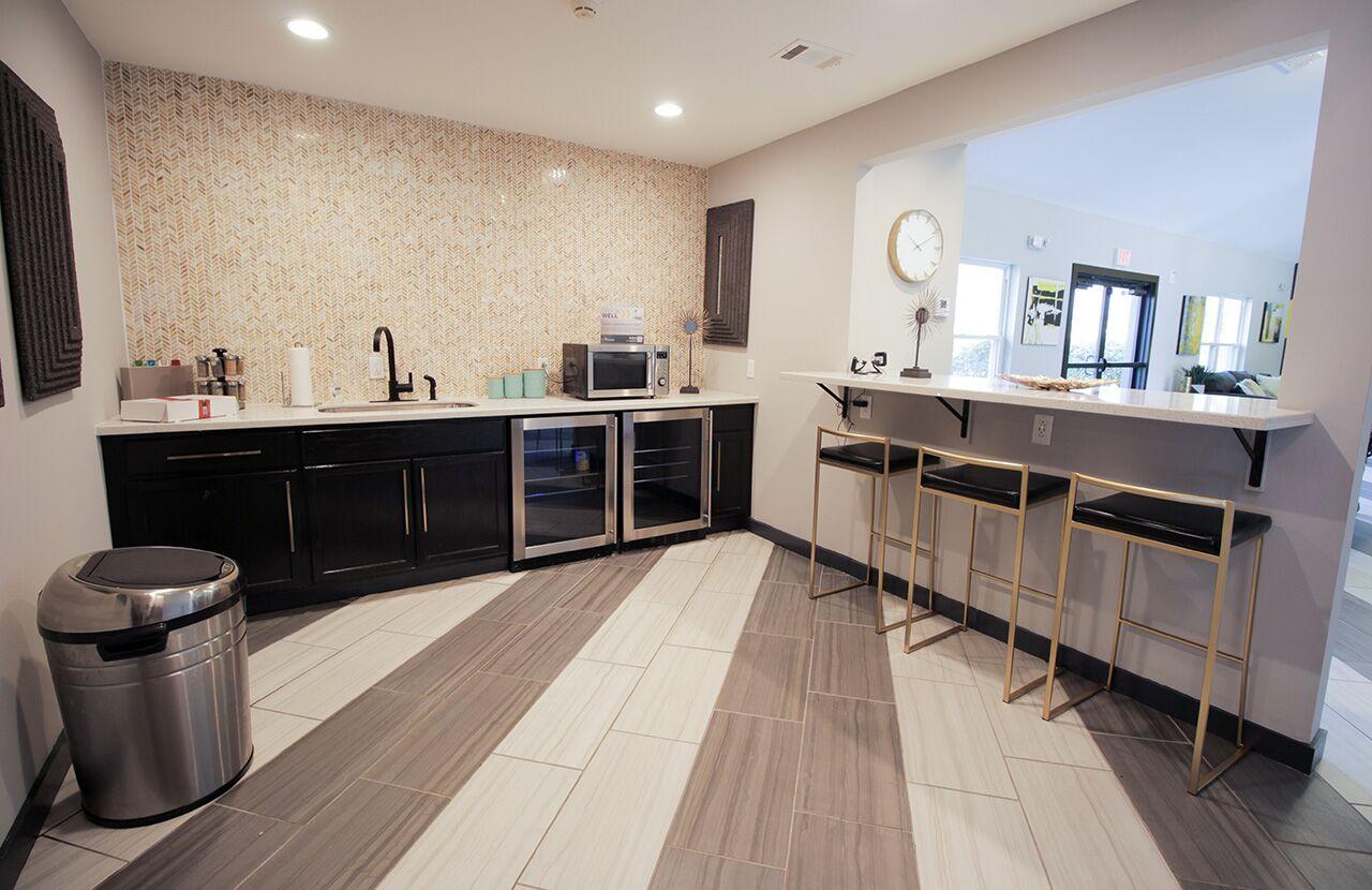 The Hub at Baton Rouge Apartment Homes image 29