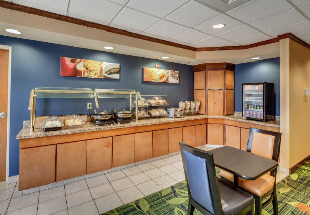Fairfield Inn & Suites by Marriott Jacksonville Beach image 7
