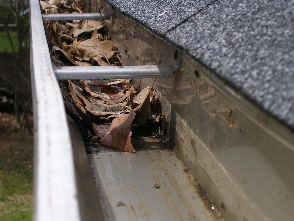 Quality Seamless Gutters LLC image 0