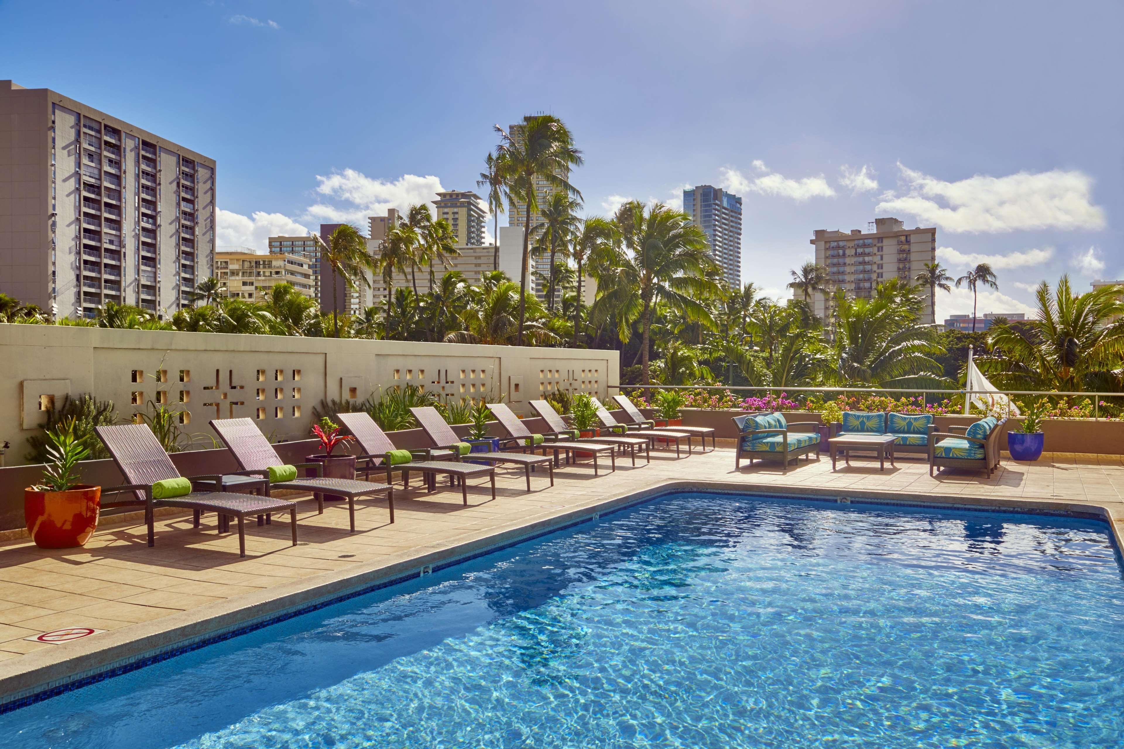 DoubleTree by Hilton Hotel Alana - Waikiki Beach image 4