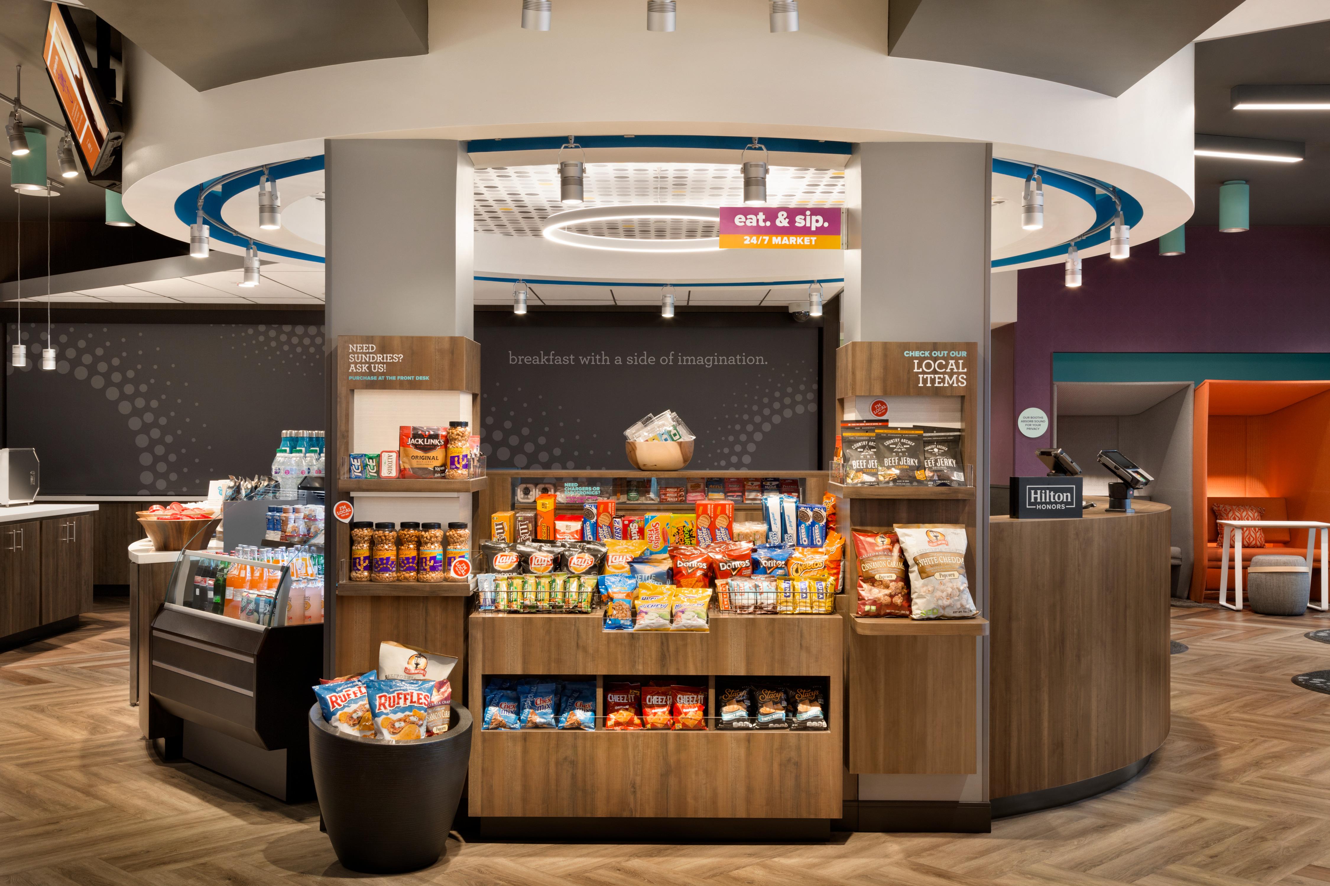 Tru by Hilton Las Vegas Airport image 15